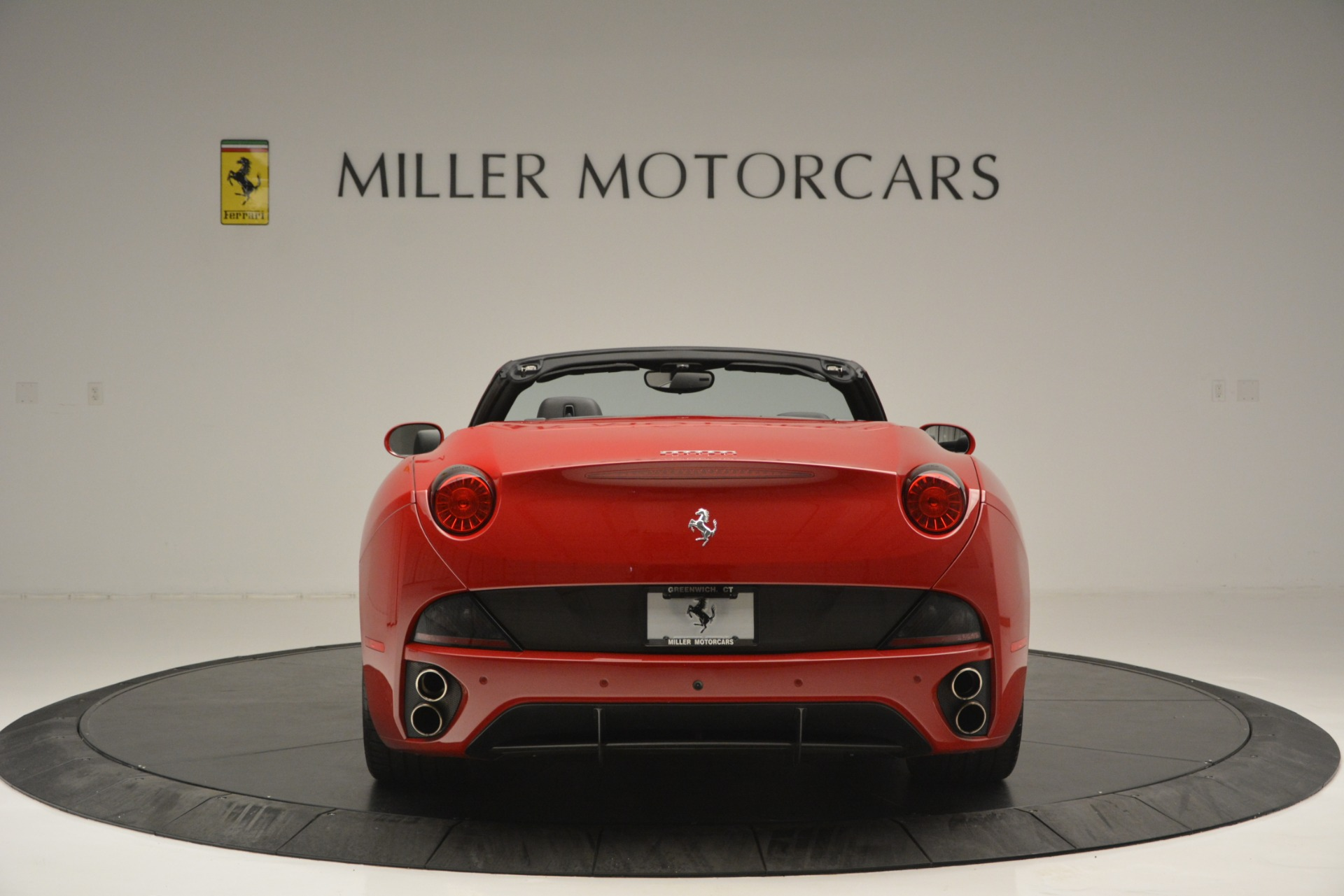 Used 2011 Ferrari California  For Sale In Westport, CT 2618_p7