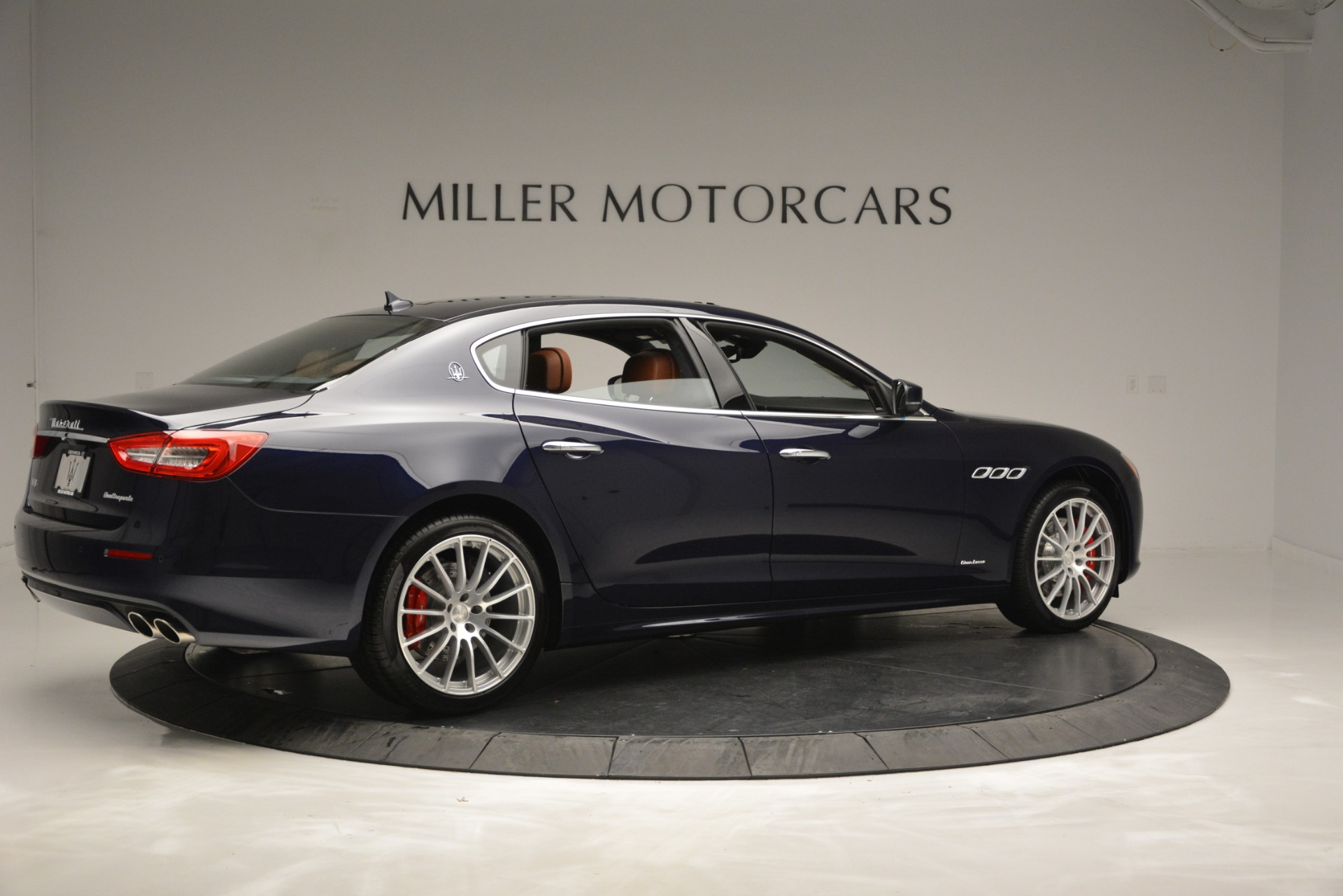 New 2019 Maserati Quattroporte S Q4 GranLusso For Sale In Westport, CT 2620_p8