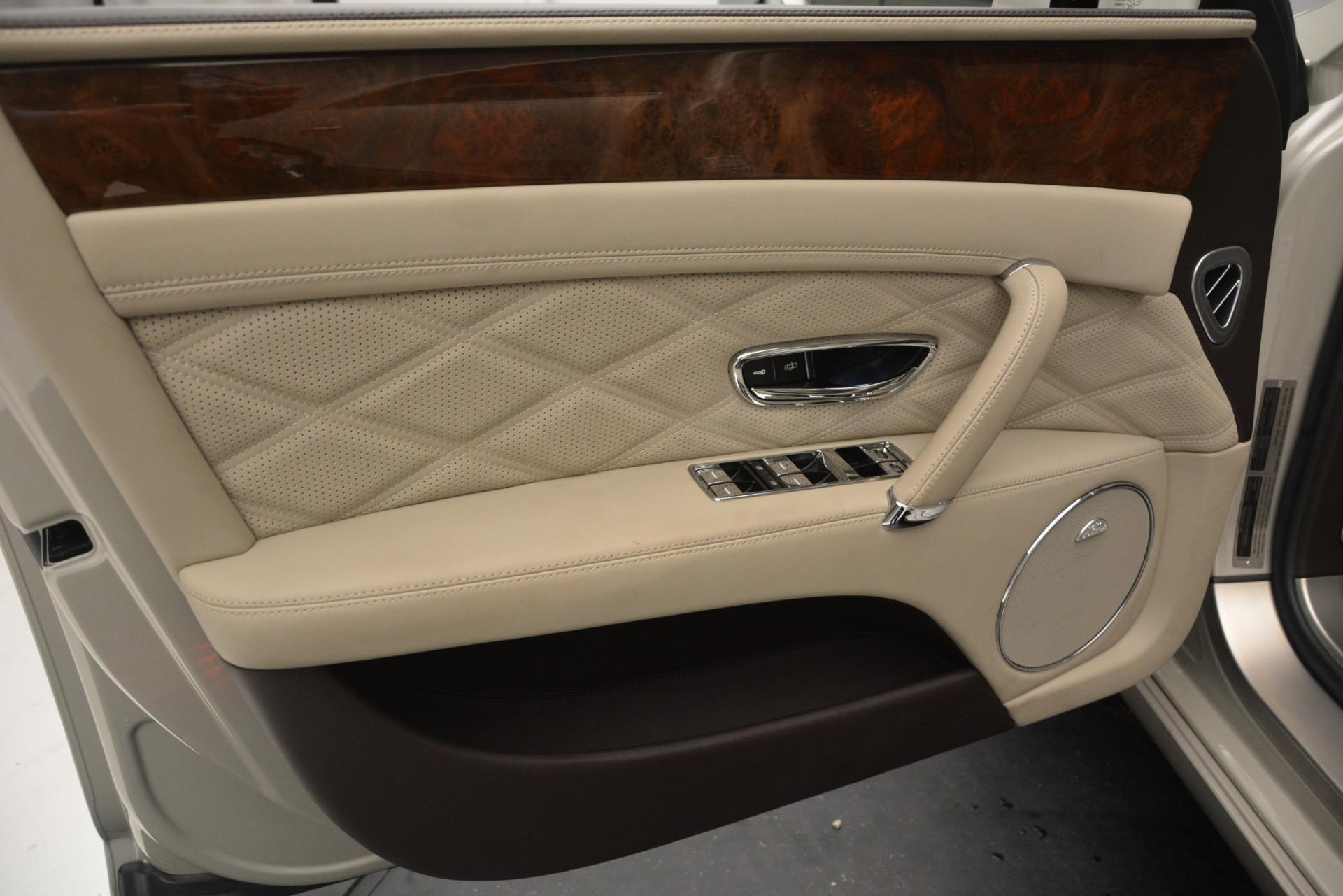 Used 2014 Bentley Flying Spur W12 For Sale In Westport, CT 2624_p15
