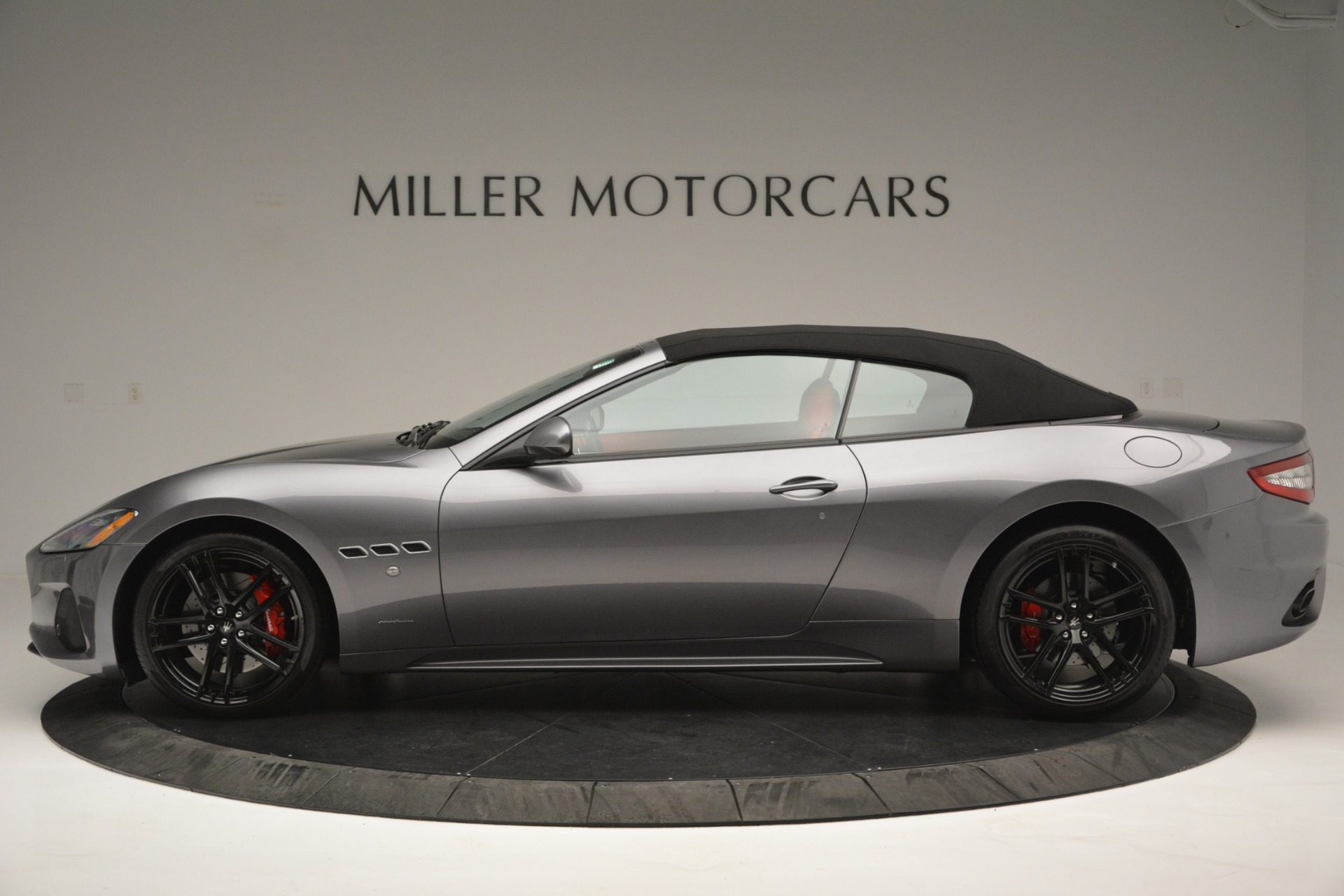 Used 2018 Maserati GranTurismo Sport For Sale In Westport, CT 2637_p13
