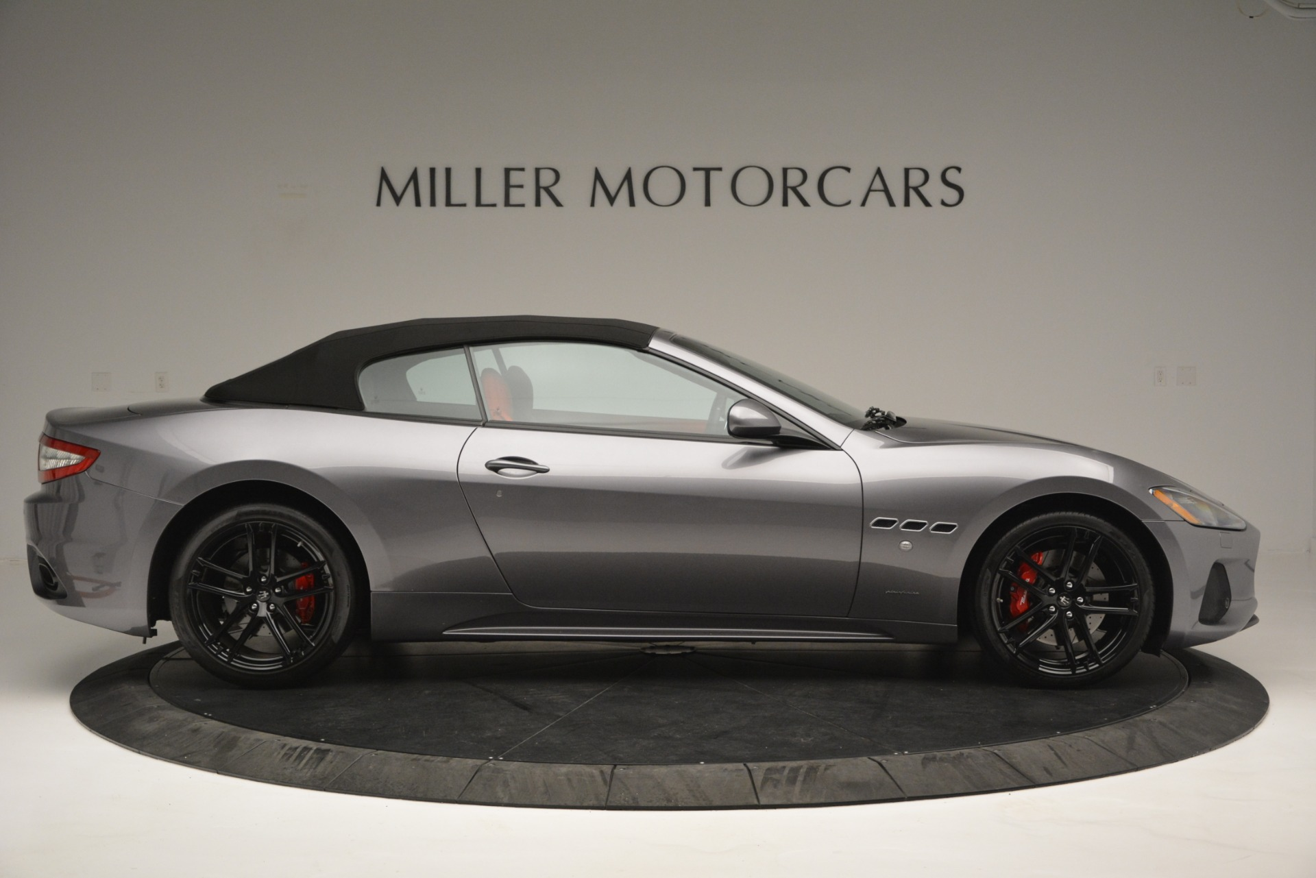 Used 2018 Maserati GranTurismo Sport For Sale In Westport, CT 2637_p18