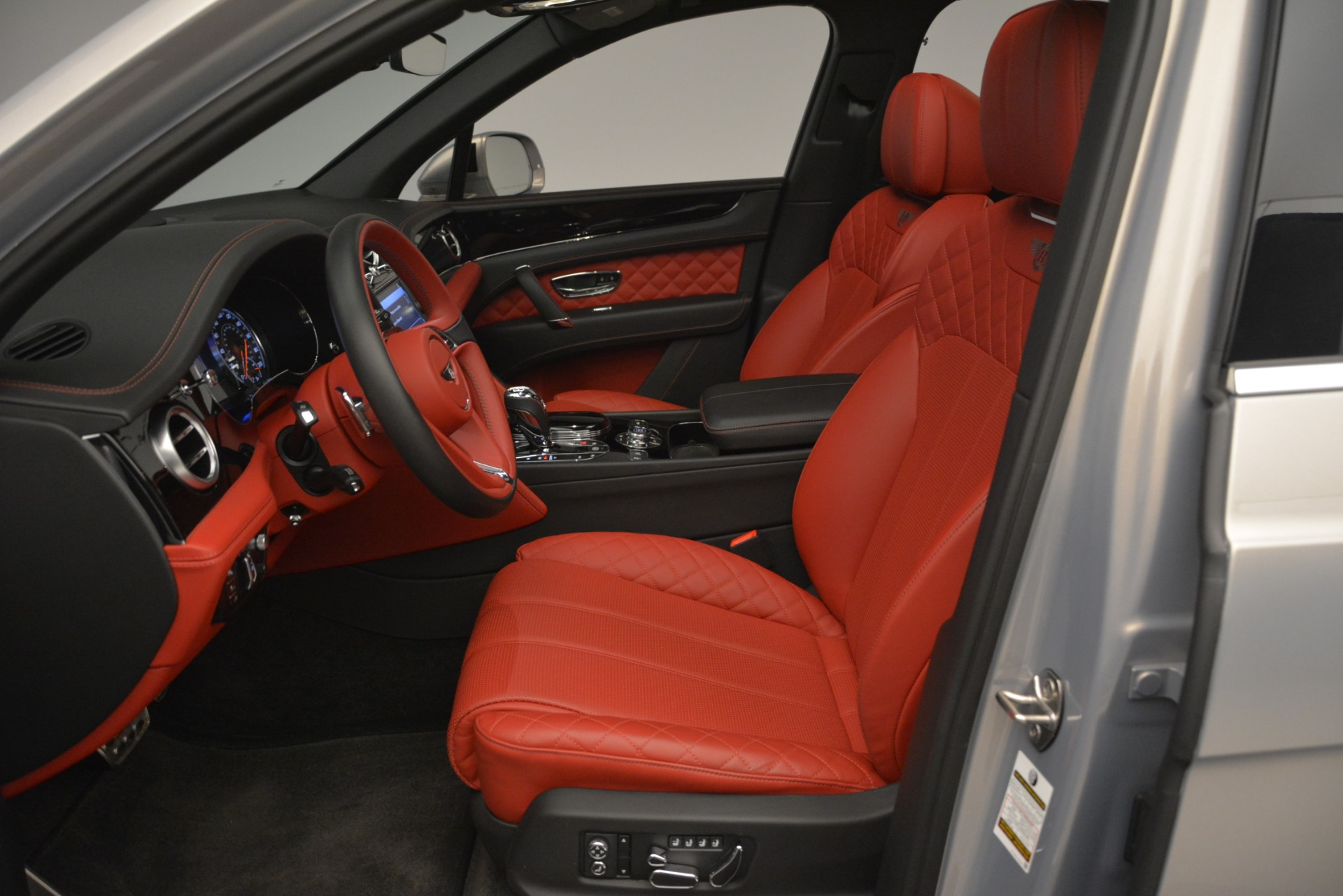 Used 2017 Bentley Bentayga W12 For Sale In Westport, CT 2641_p17