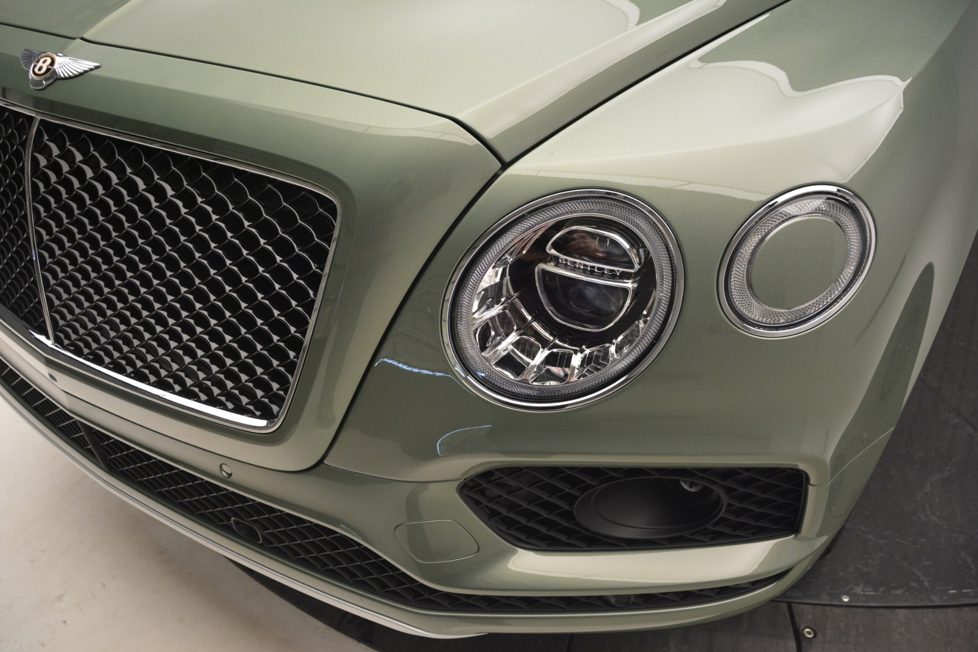 New 2019 Bentley Bentayga V8 For Sale In Westport, CT 2644_p14