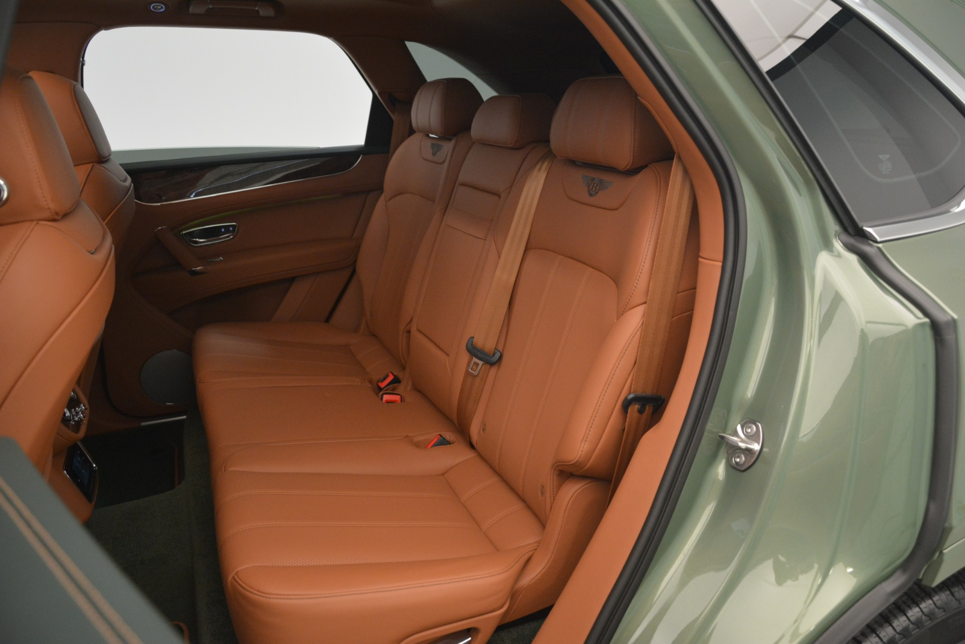 New 2019 Bentley Bentayga V8 For Sale In Westport, CT 2644_p28