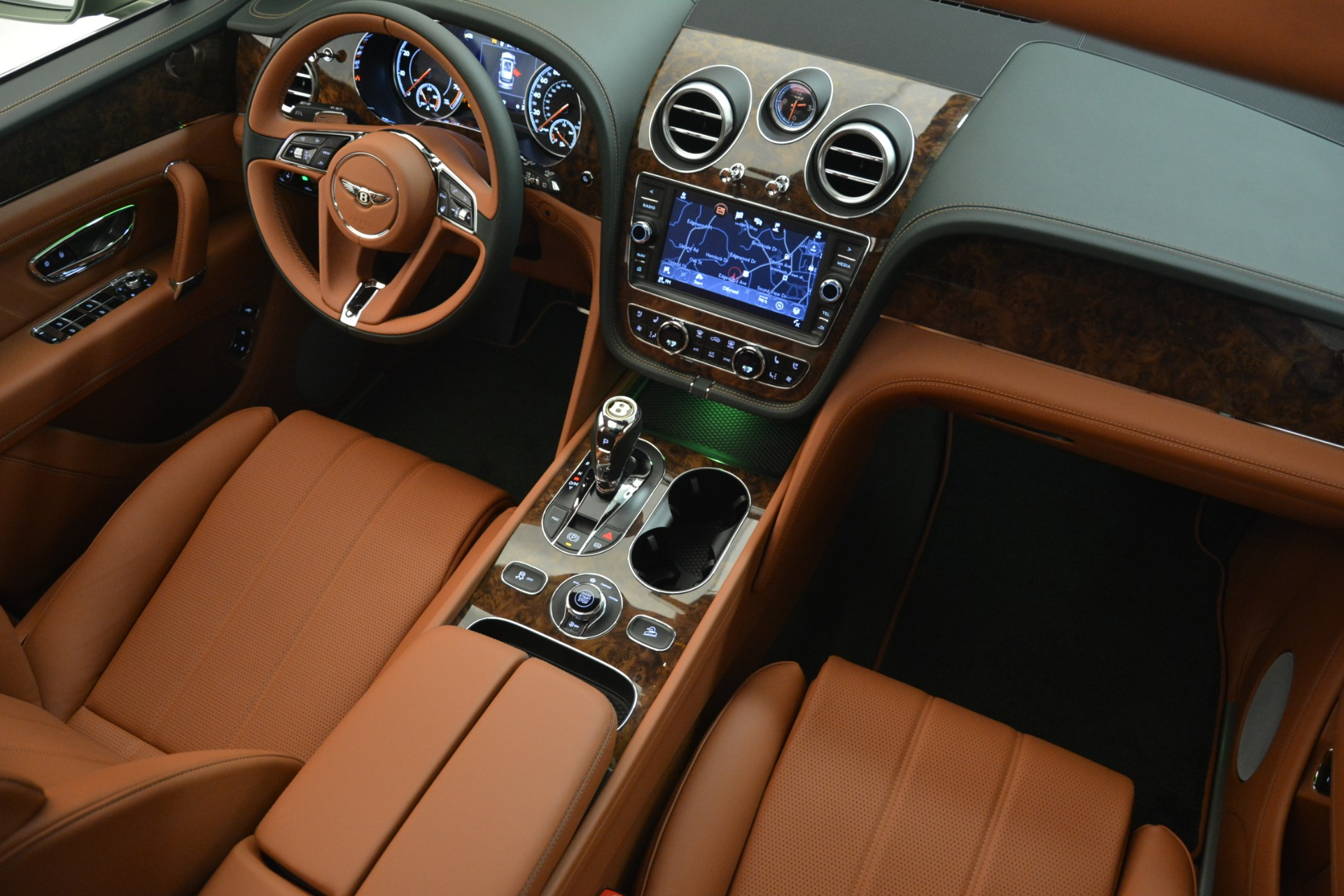 New 2019 Bentley Bentayga V8 For Sale In Westport, CT 2644_p29
