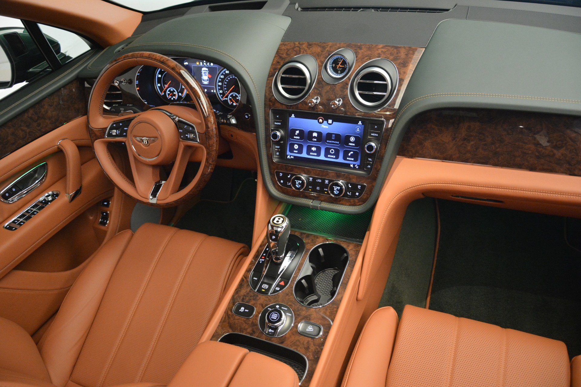 New 2019 Bentley Bentayga V8 For Sale In Westport, CT 2645_p30