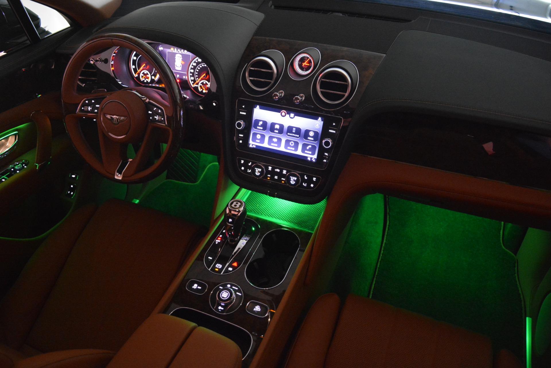 New 2019 Bentley Bentayga V8 For Sale In Westport, CT 2645_p31