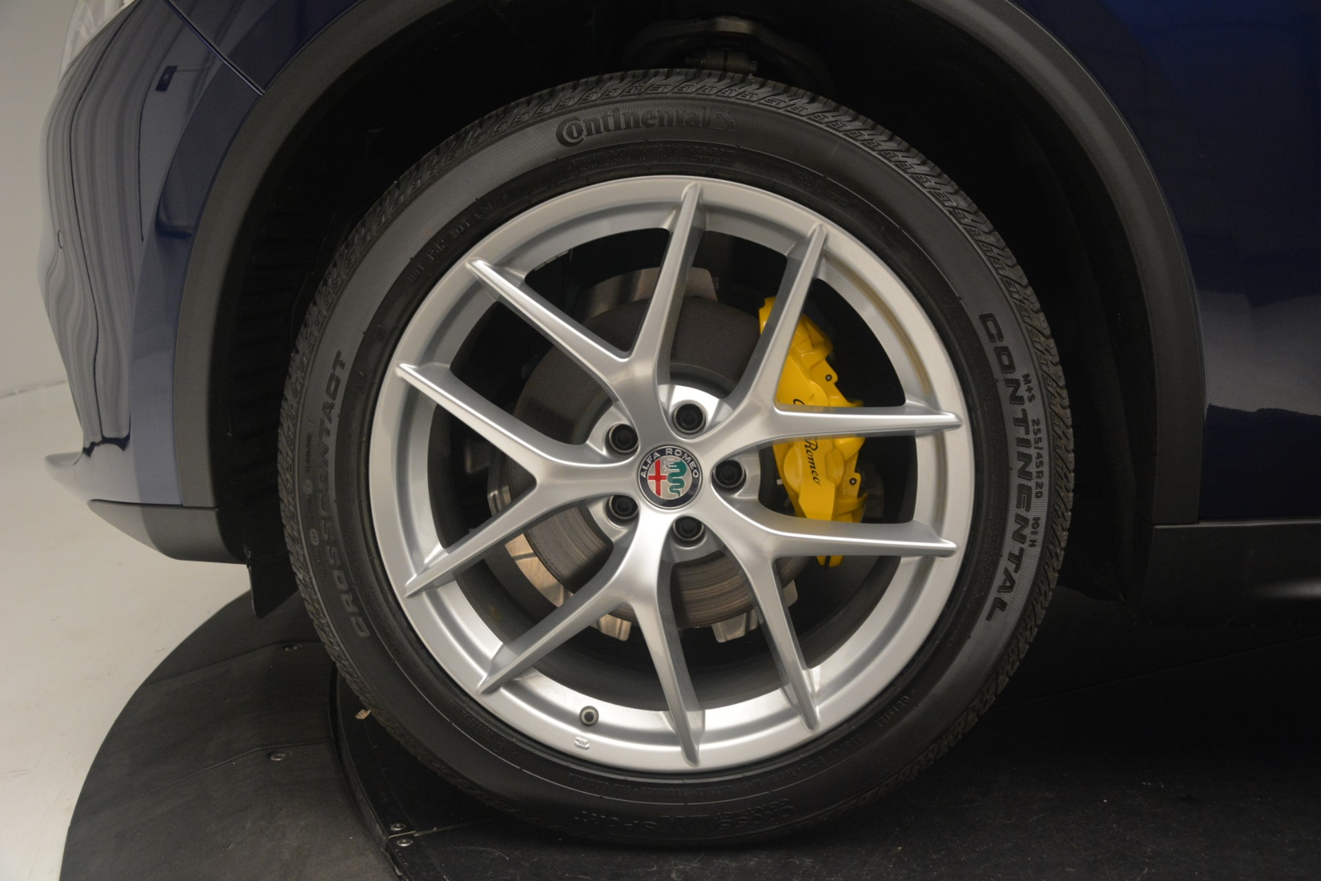 New 2019 Alfa Romeo Stelvio SPORT AWD For Sale In Westport, CT 2652_p30