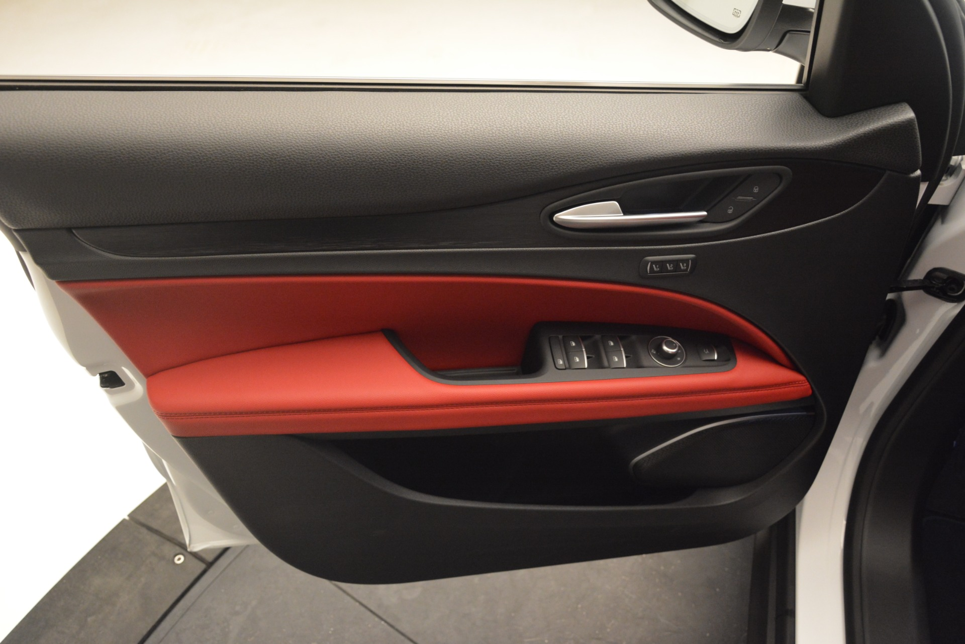 New 2019 Alfa Romeo Stelvio Q4 For Sale In Westport, CT 2657_p16