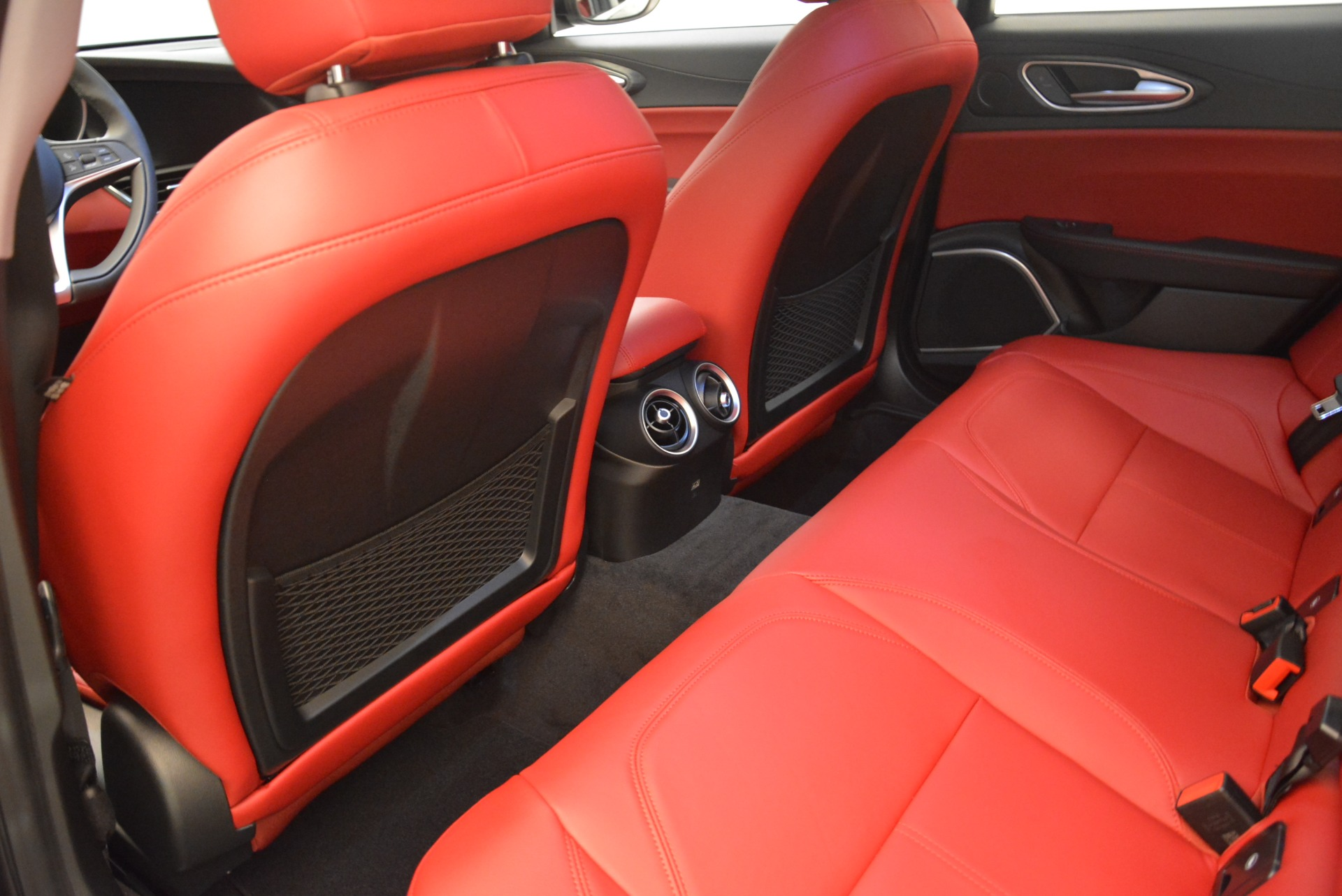 New 2019 Alfa Romeo Giulia Q4 For Sale In Westport, CT 2663_p16