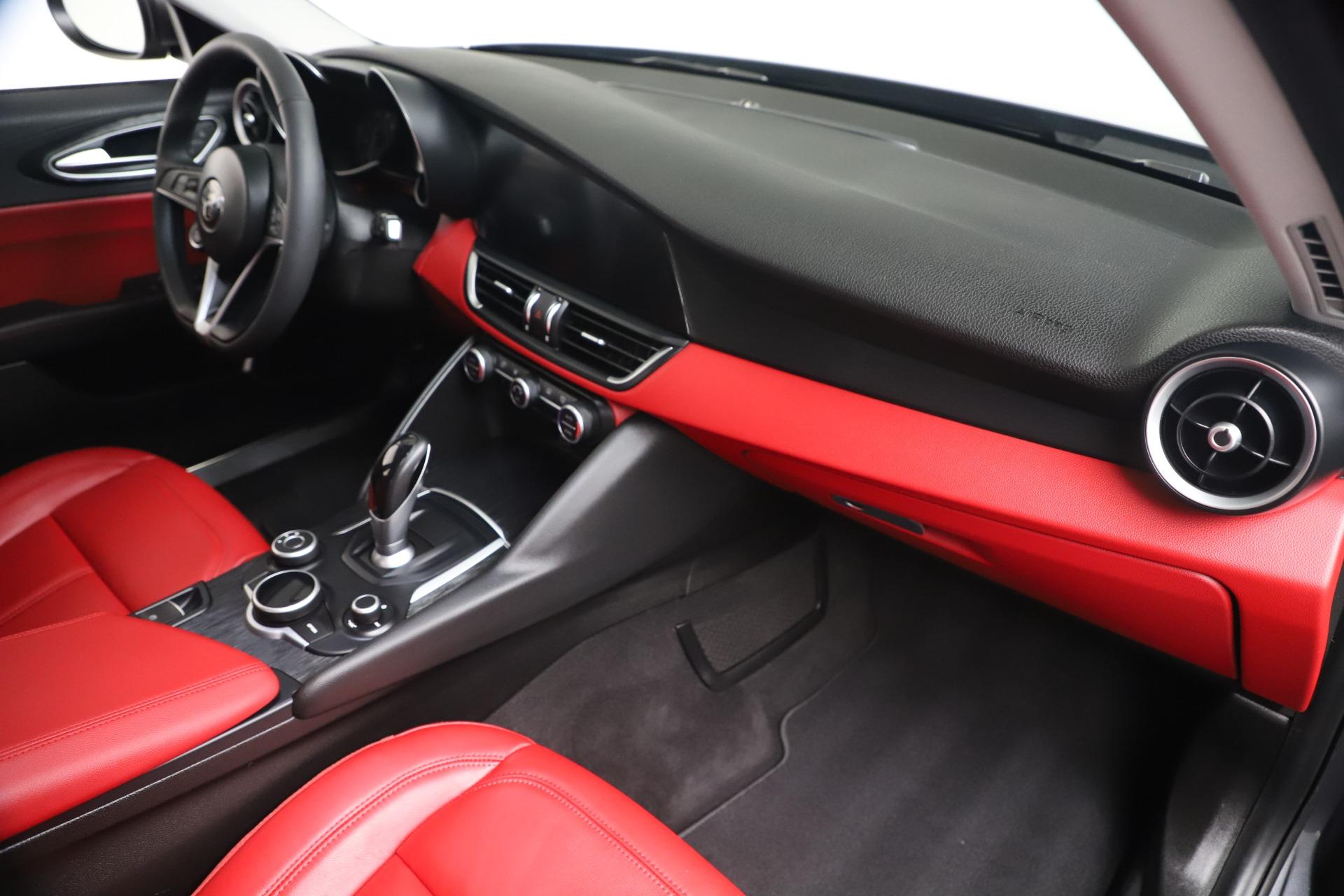 New 2019 Alfa Romeo Giulia Q4 For Sale In Westport, CT 2669_p21
