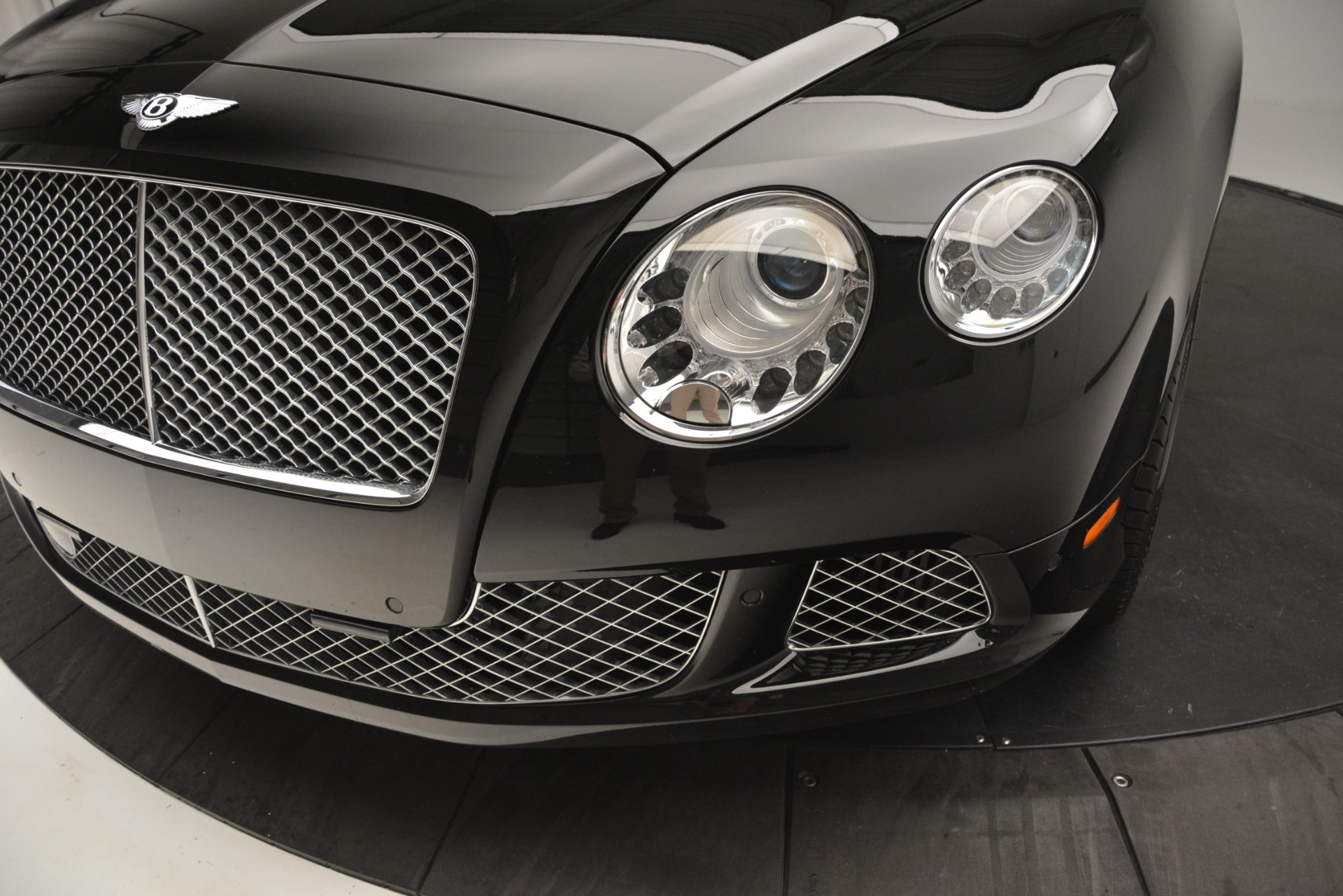 Used 2012 Bentley Continental GT W12 For Sale In Westport, CT 2671_p15