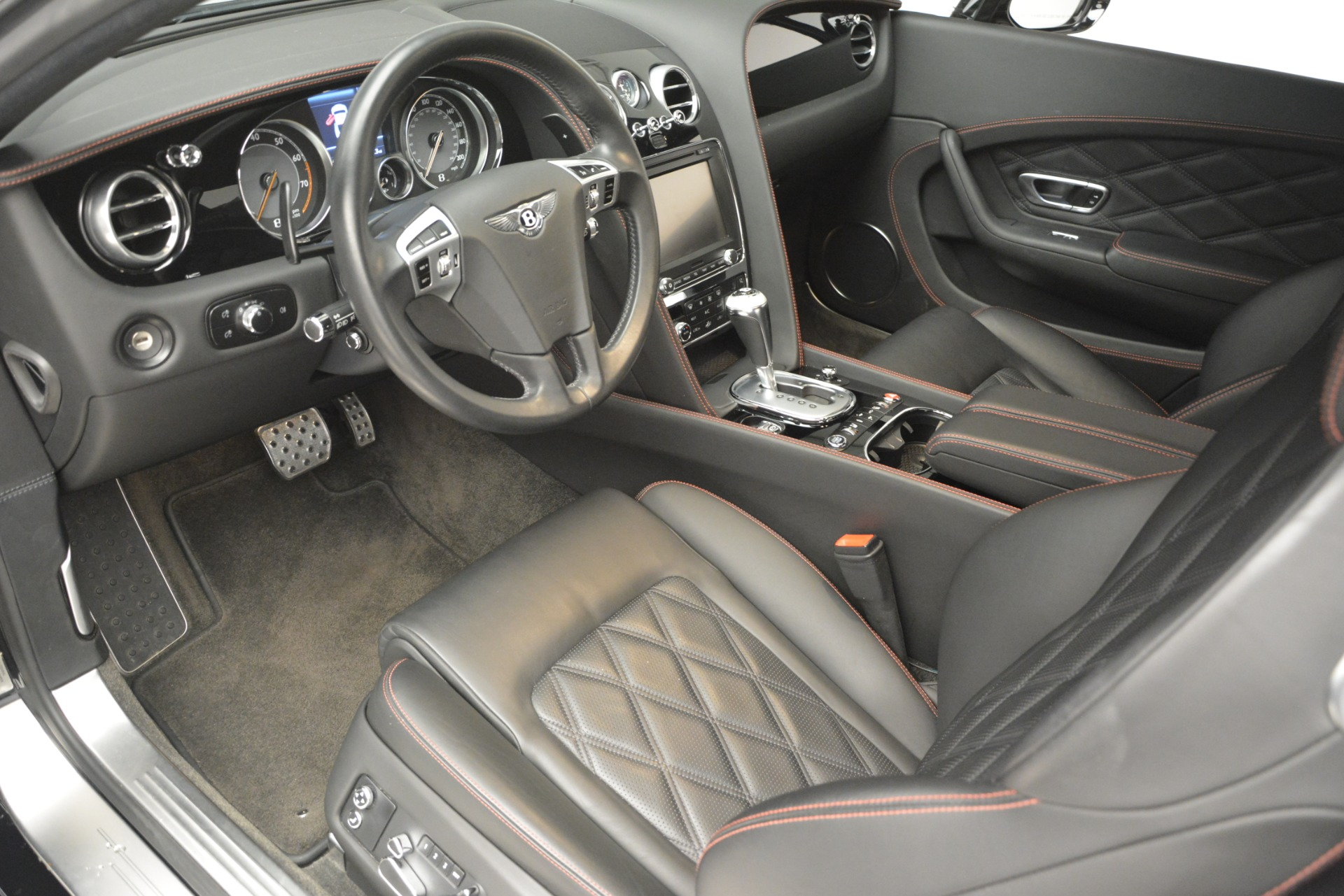 Used 2012 Bentley Continental GT W12 For Sale In Westport, CT 2671_p18