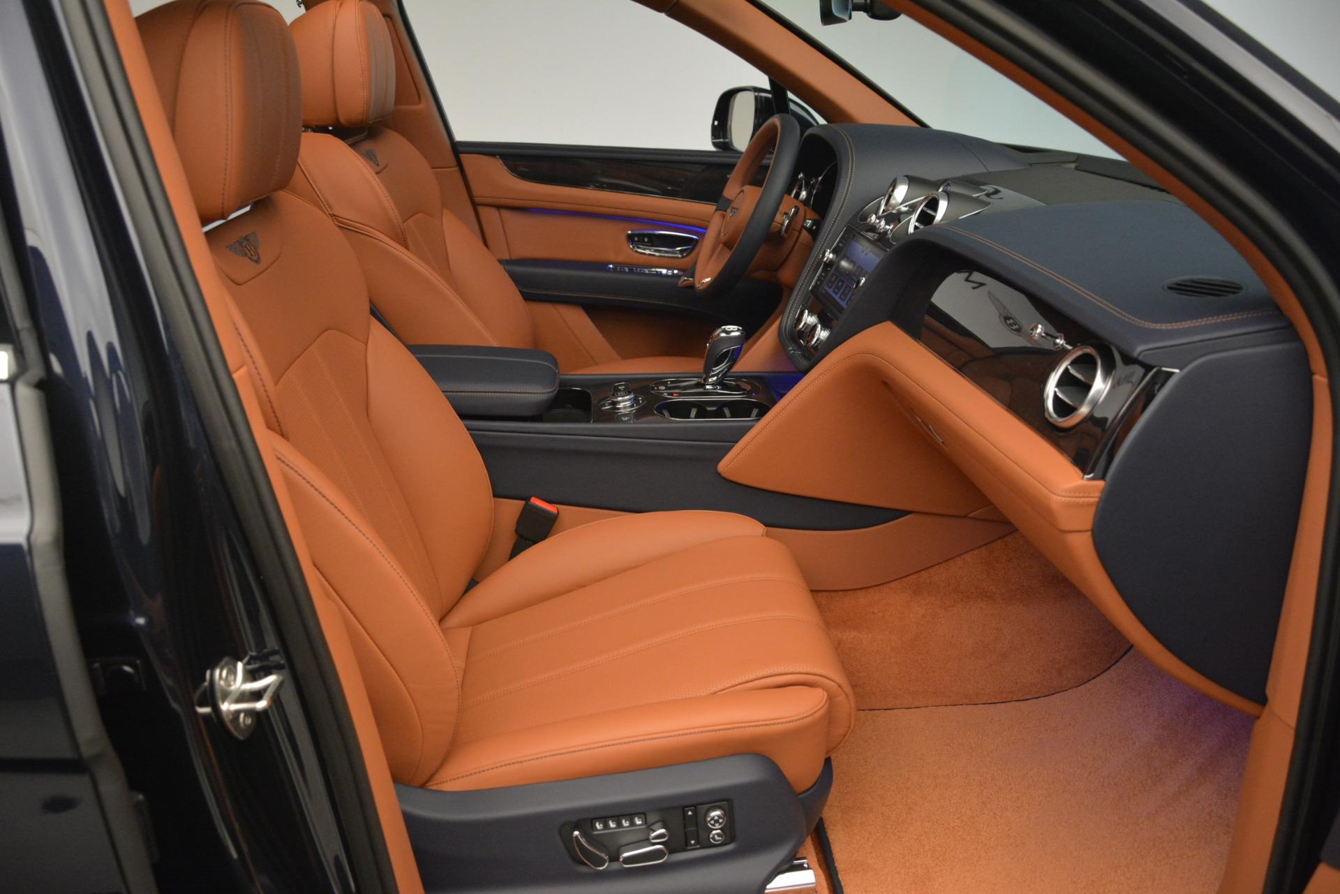 New 2019 Bentley Bentayga V8 For Sale In Westport, CT 2672_p28