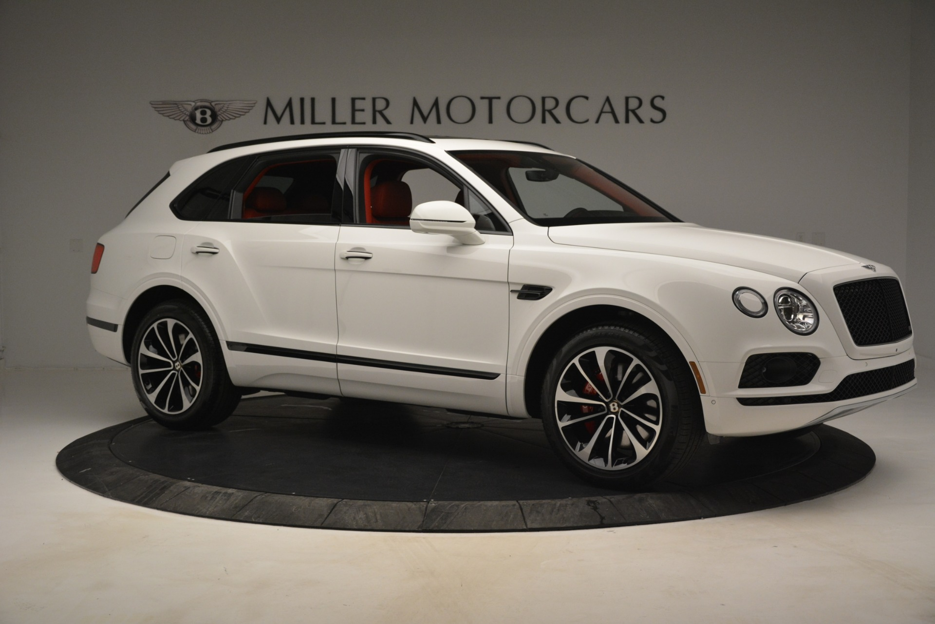 New 2019 Bentley Bentayga V8 For Sale In Westport, CT 2673_p10