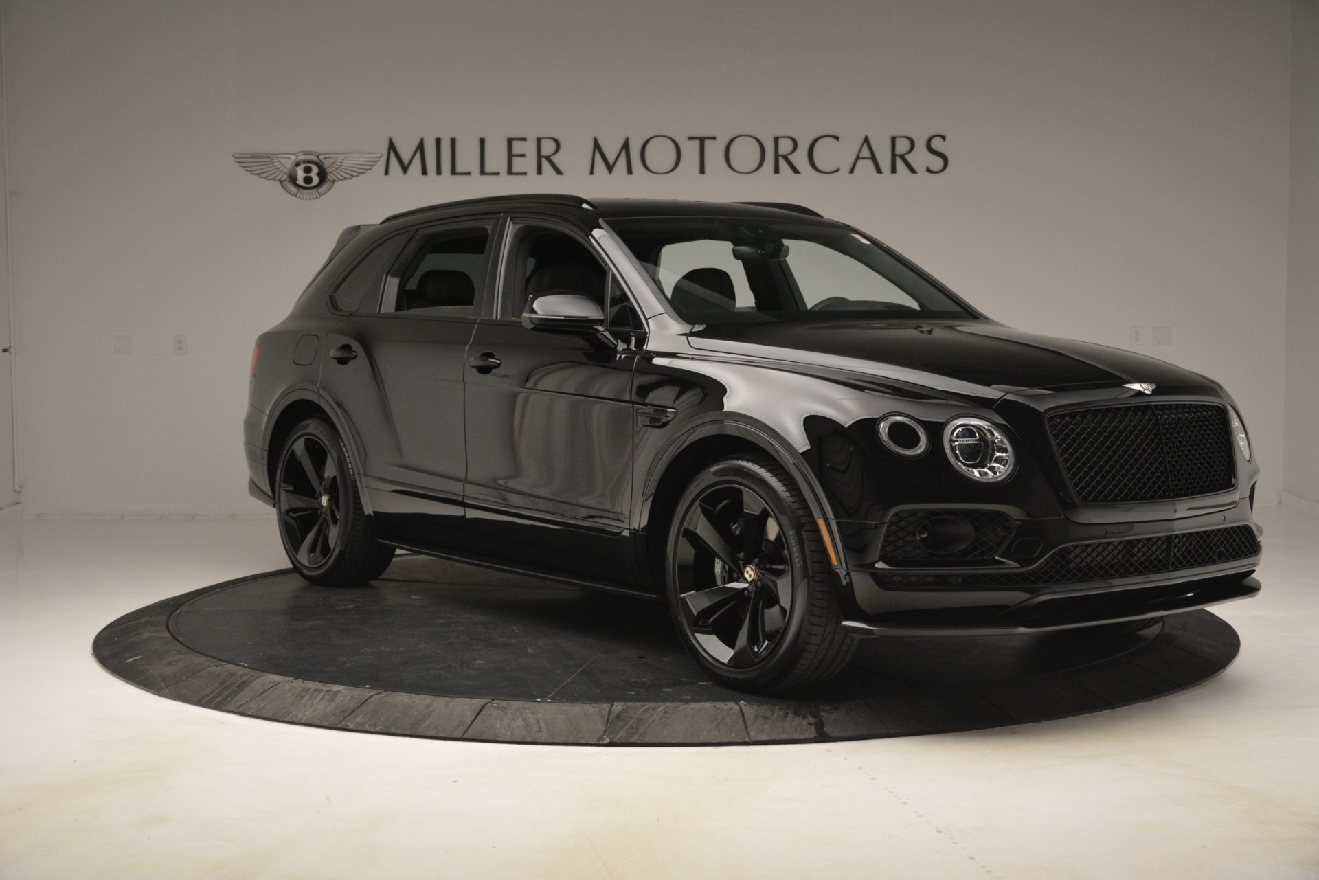 New 2019 Bentley Bentayga V8 For Sale In Westport, CT 2675_p10
