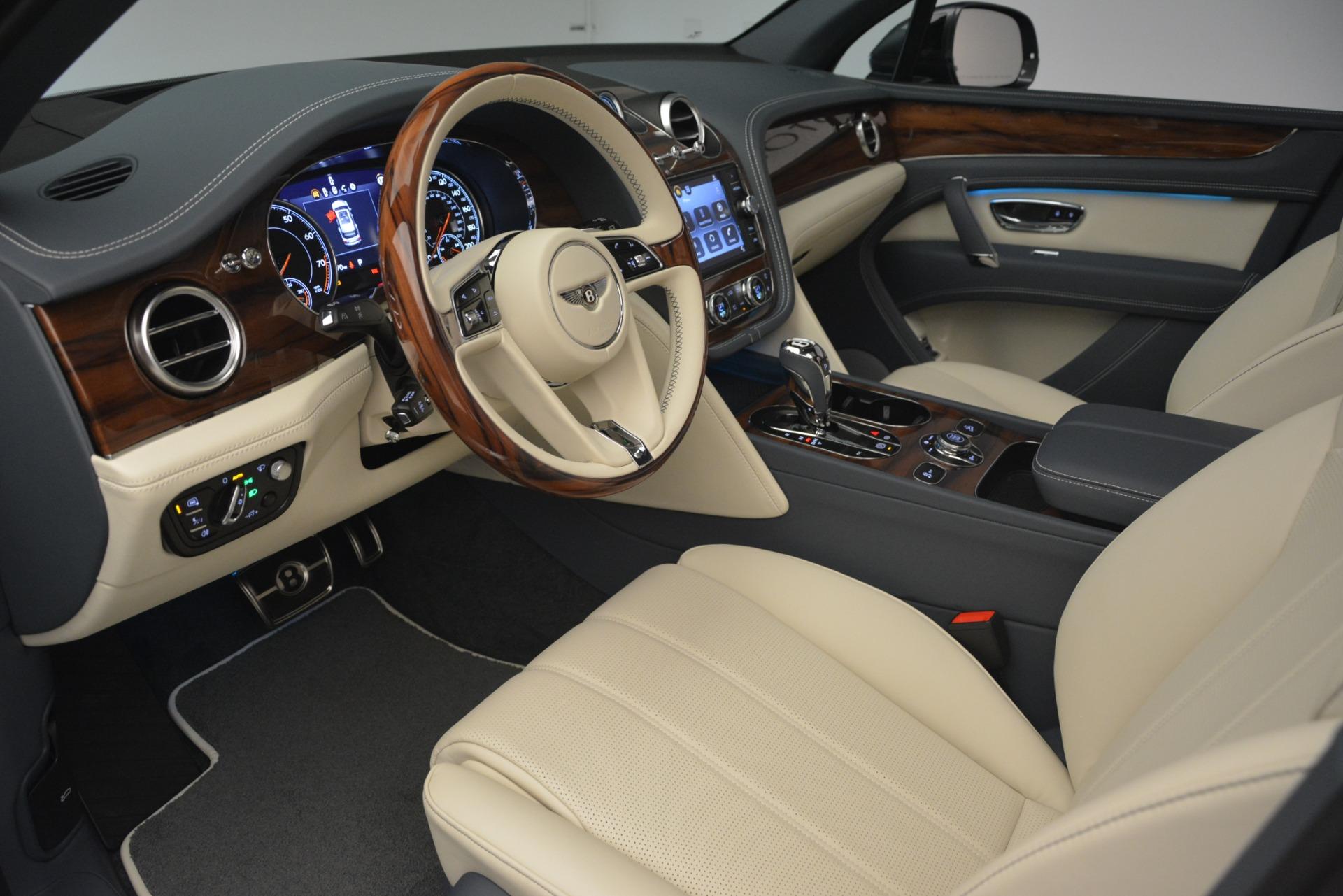 New 2019 Bentley Bentayga V8 For Sale In Westport, CT 2676_p19
