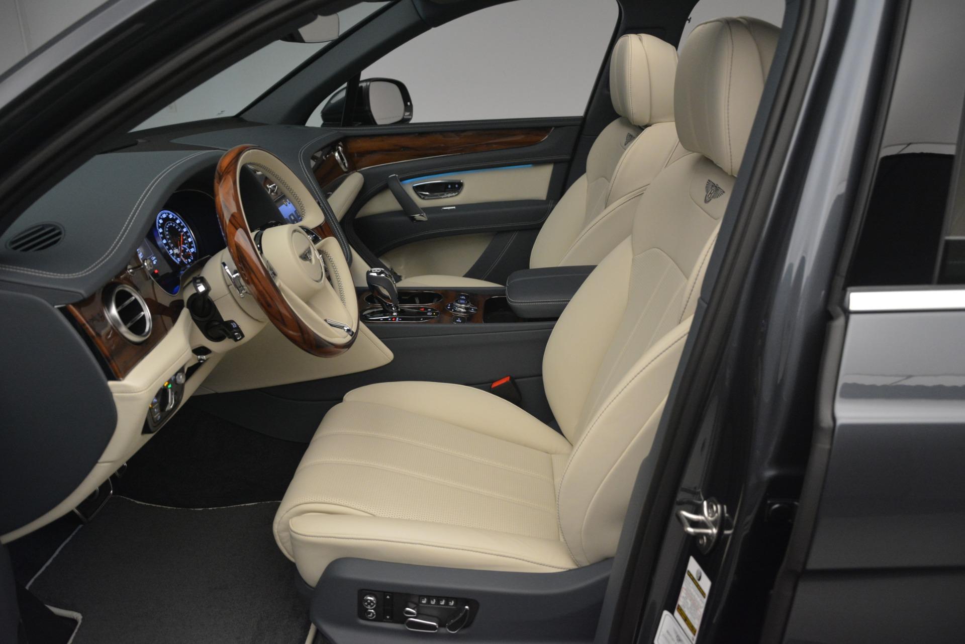 New 2019 Bentley Bentayga V8 For Sale In Westport, CT 2676_p20
