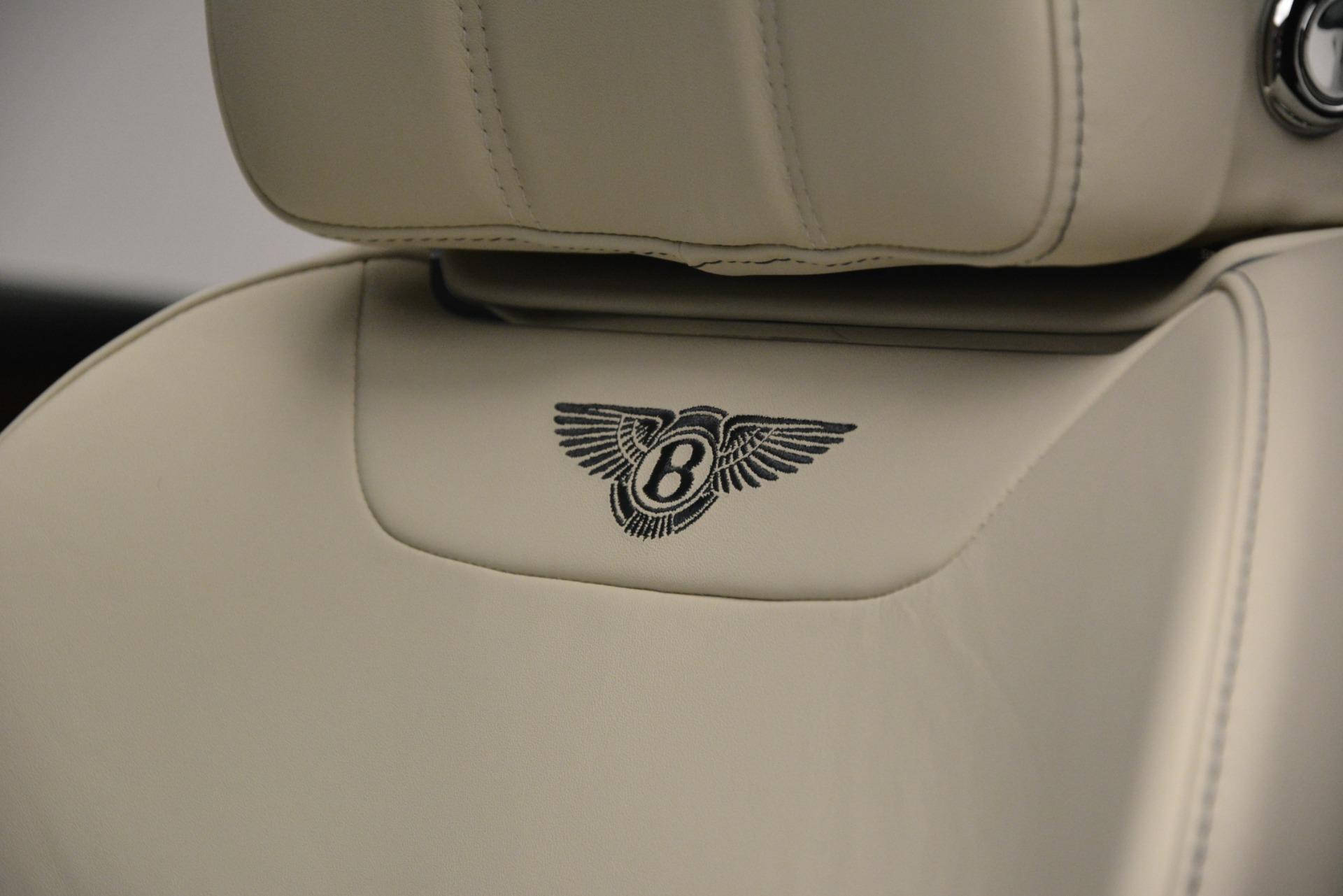 New 2019 Bentley Bentayga V8 For Sale In Westport, CT 2676_p23