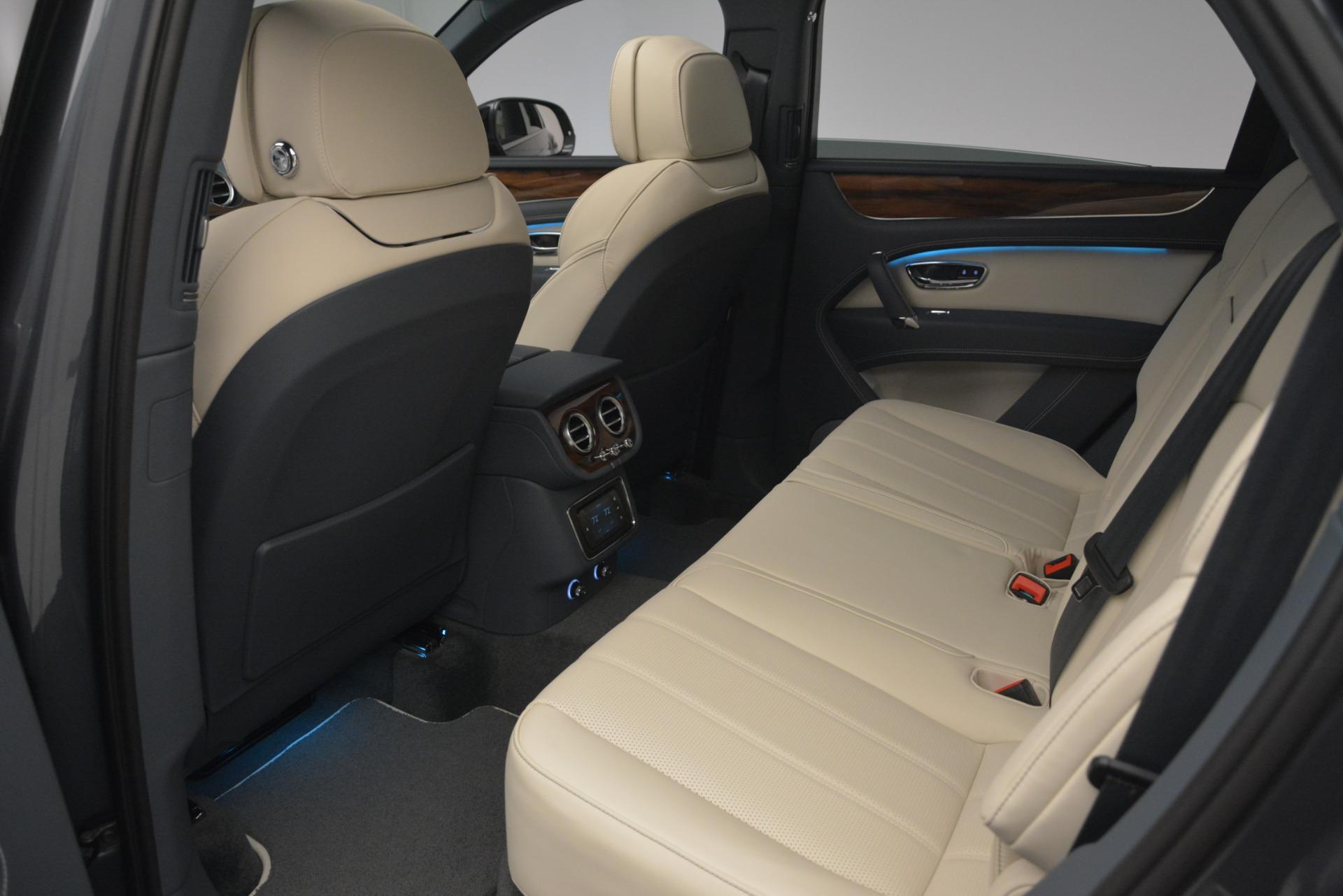 New 2019 Bentley Bentayga V8 For Sale In Westport, CT 2676_p24