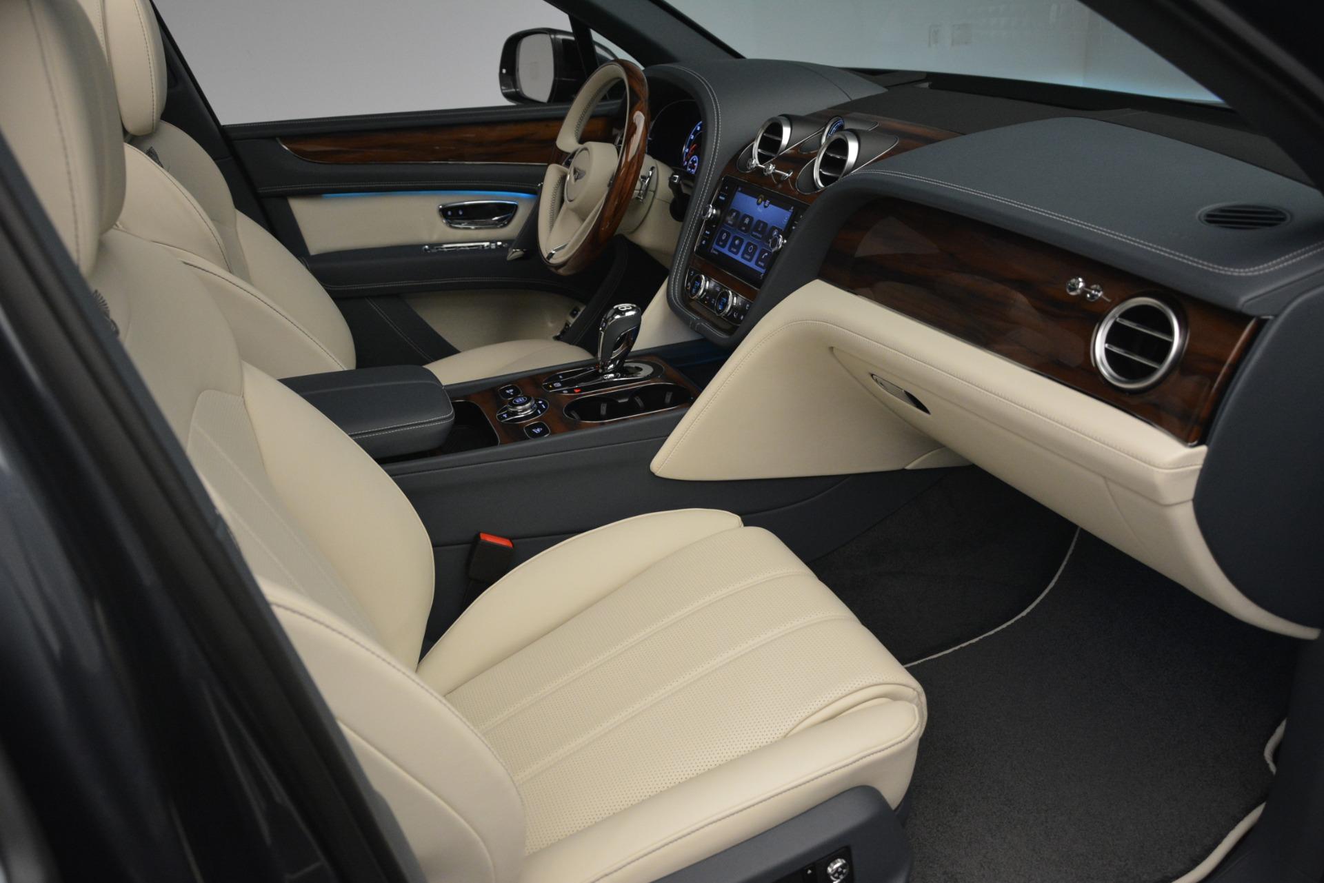 New 2019 Bentley Bentayga V8 For Sale In Westport, CT 2676_p27