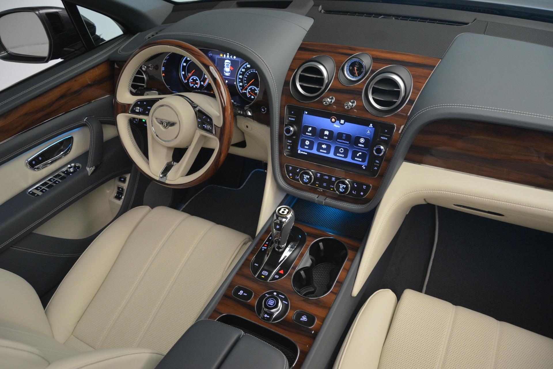 New 2019 Bentley Bentayga V8 For Sale In Westport, CT 2676_p31