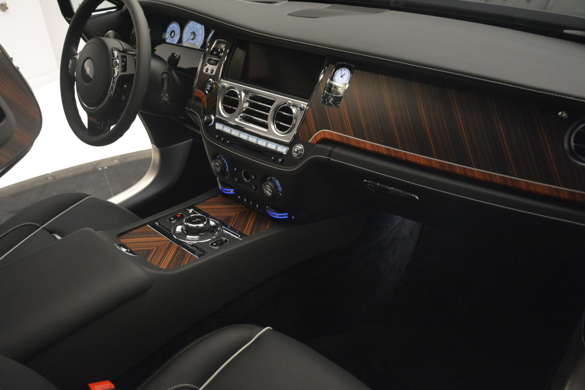 Used 2019 Rolls-Royce Wraith  For Sale In Westport, CT 2688_p24