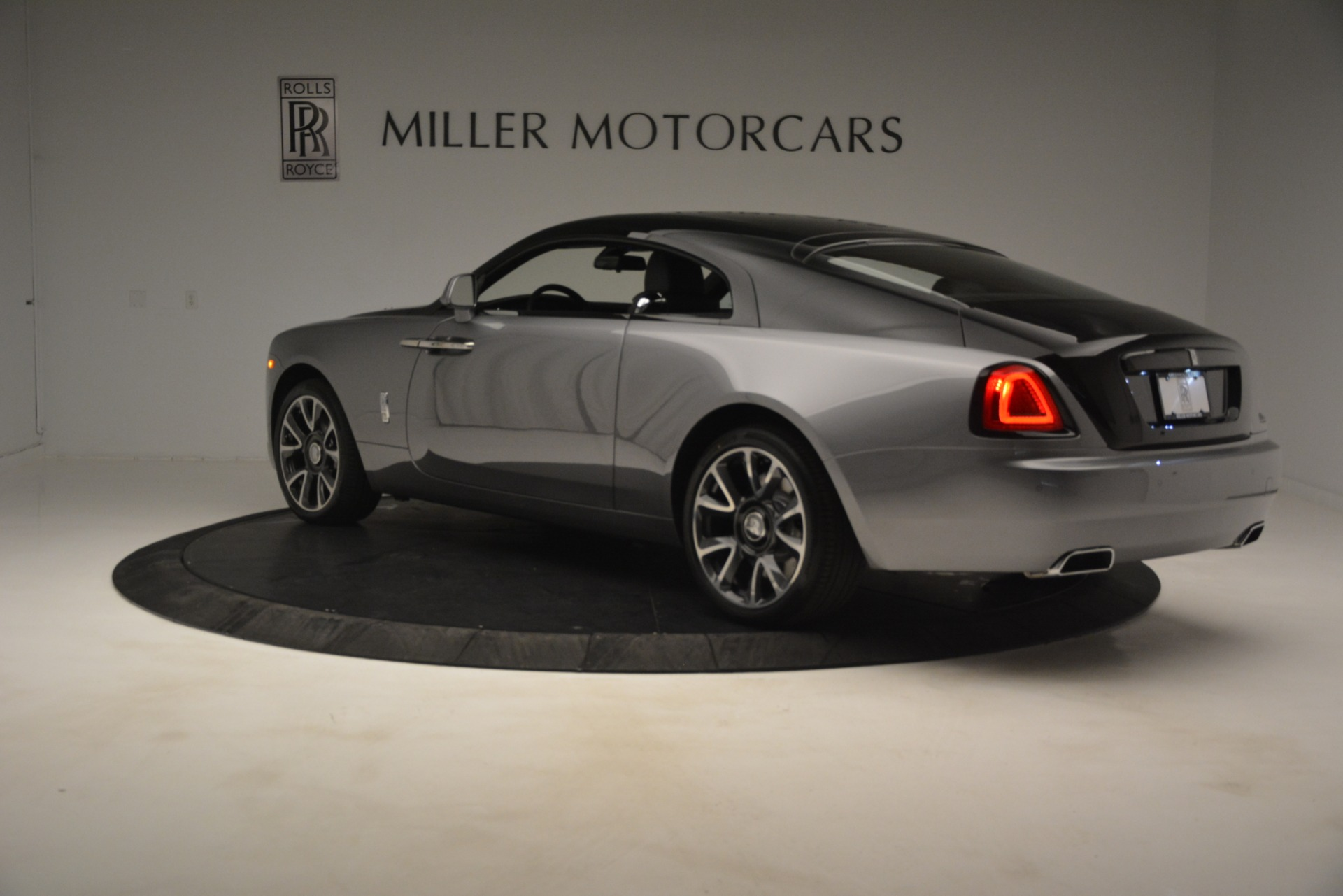 Used 2019 Rolls-Royce Wraith  For Sale In Westport, CT 2688_p5