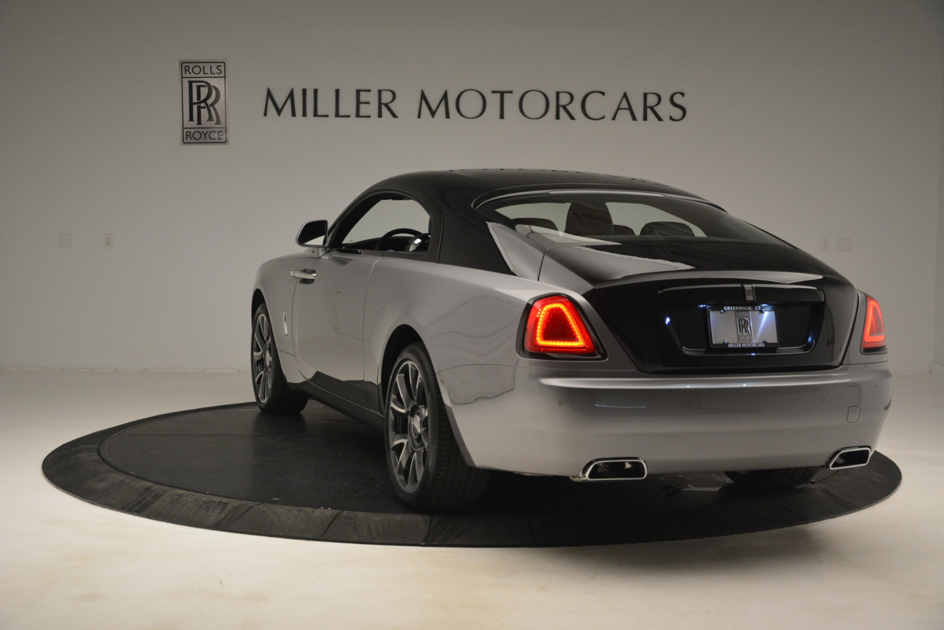 Used 2019 Rolls-Royce Wraith  For Sale In Westport, CT 2688_p7