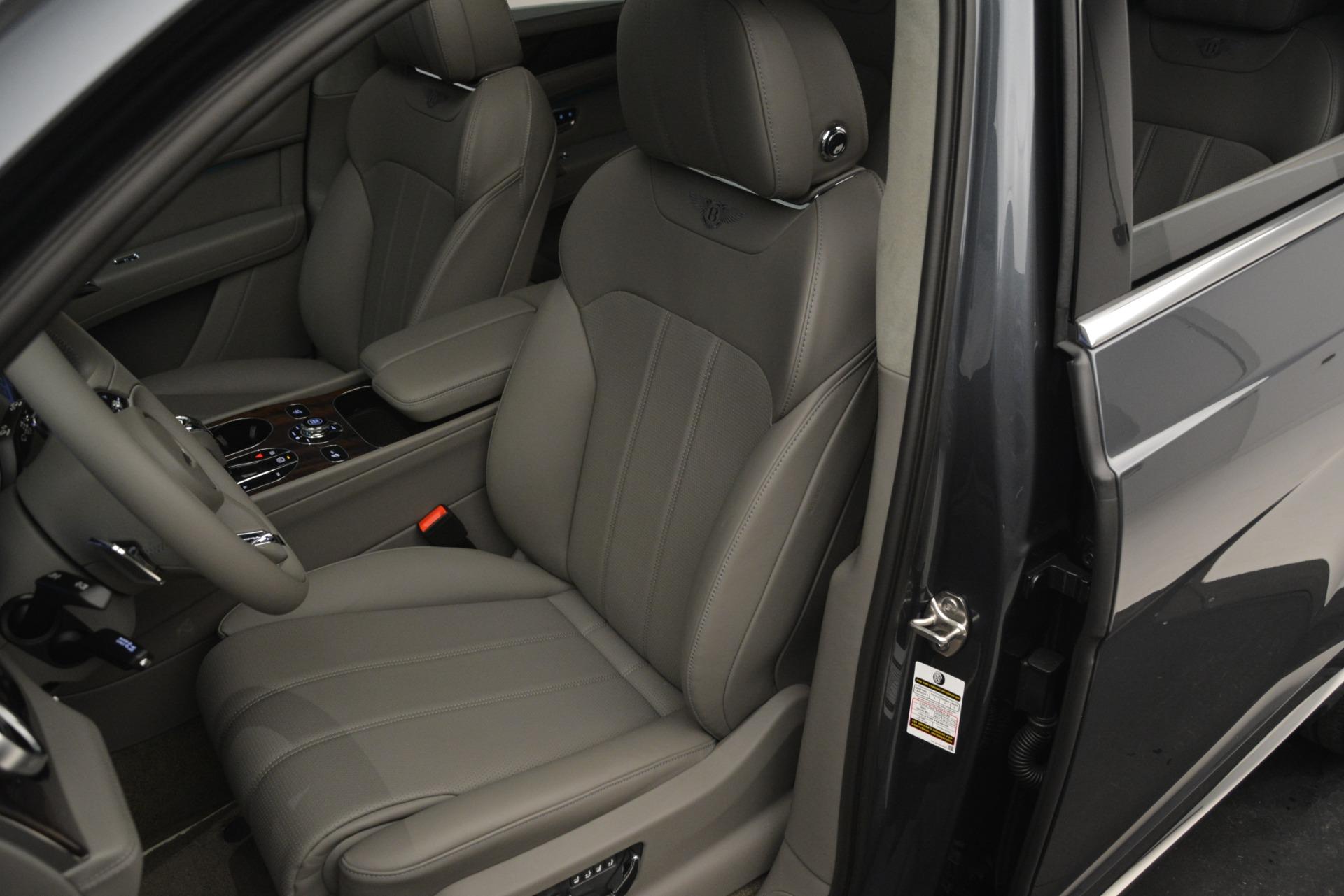 New 2019 Bentley Bentayga V8 For Sale In Westport, CT 2700_p20