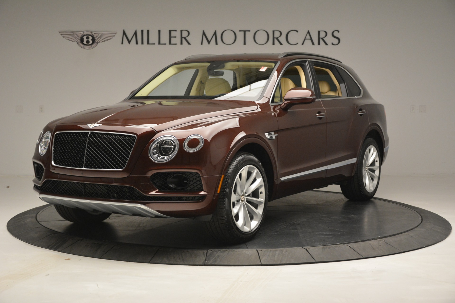 Used 2019 Bentley Bentayga V8 For Sale In Westport, CT 2702_main