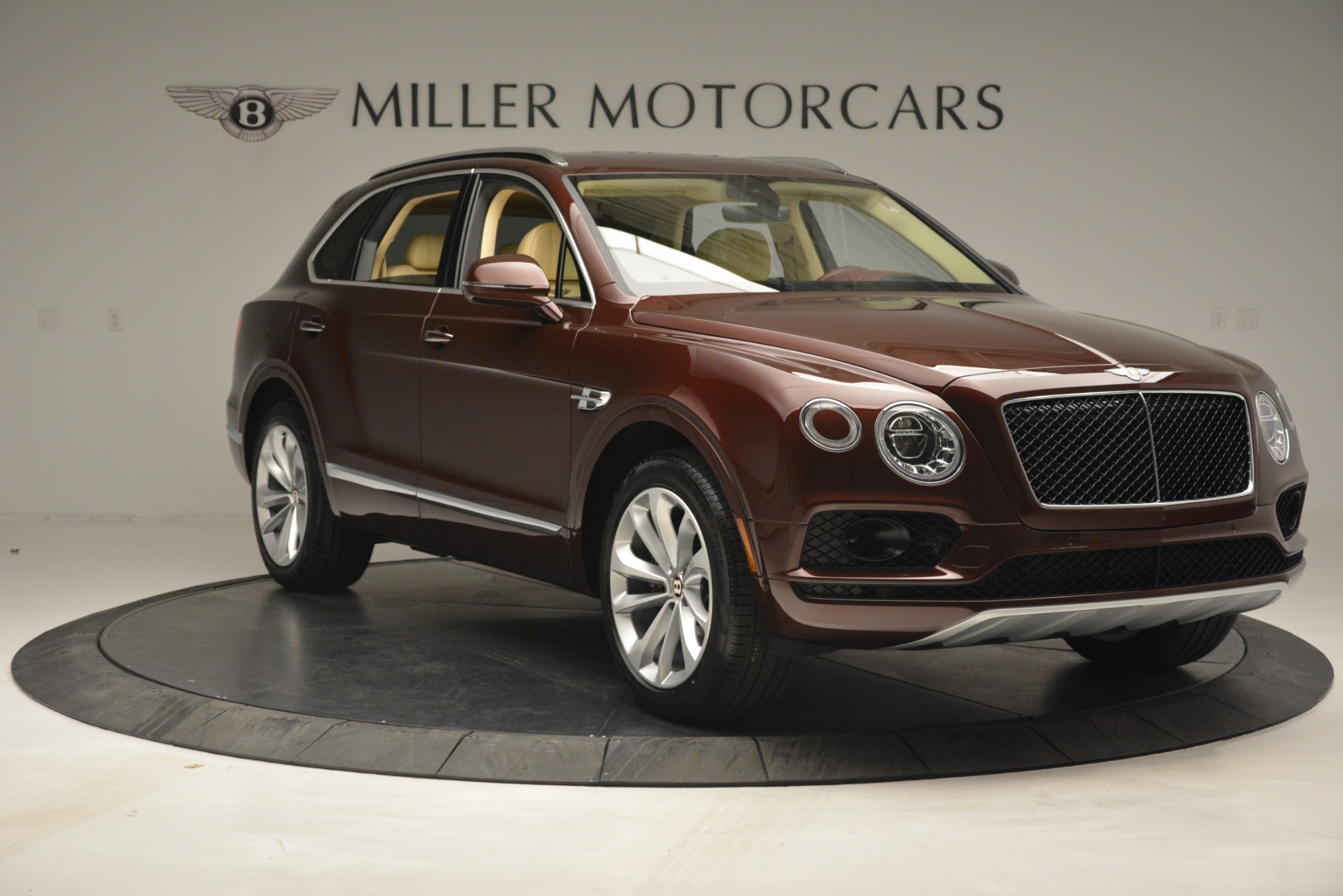 Used 2019 Bentley Bentayga V8 For Sale In Westport, CT 2702_p11