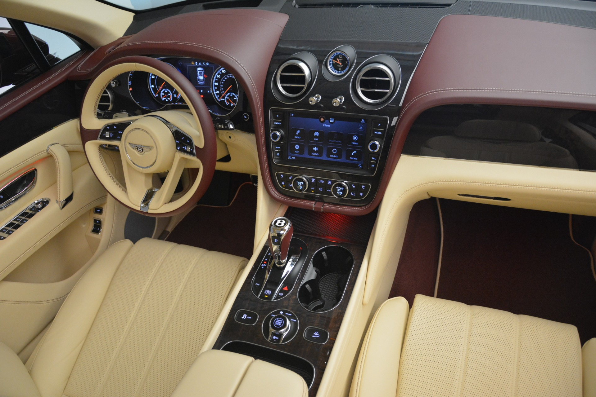 Used 2019 Bentley Bentayga V8 For Sale In Westport, CT 2702_p24