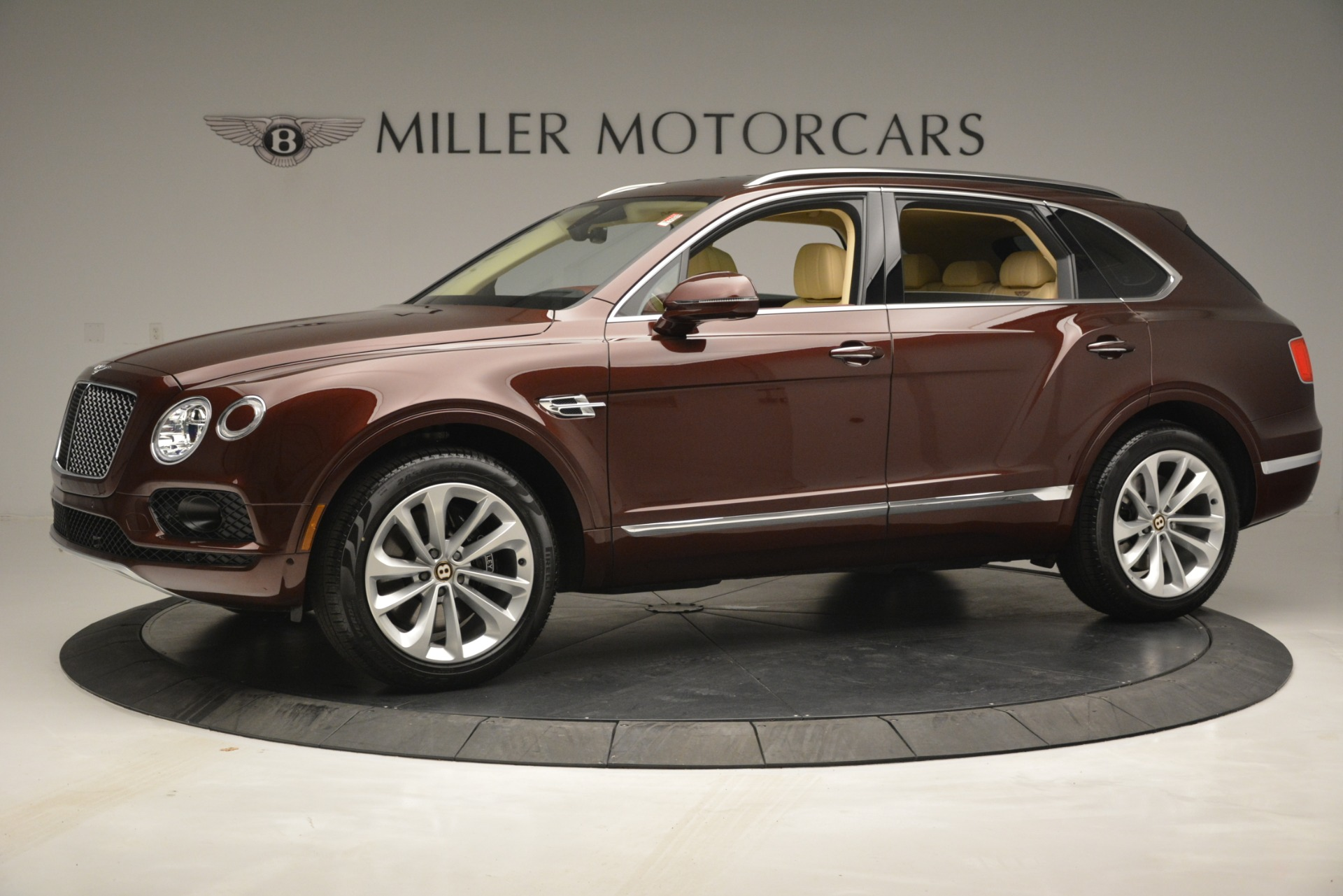 Used 2019 Bentley Bentayga V8 For Sale In Westport, CT 2702_p2
