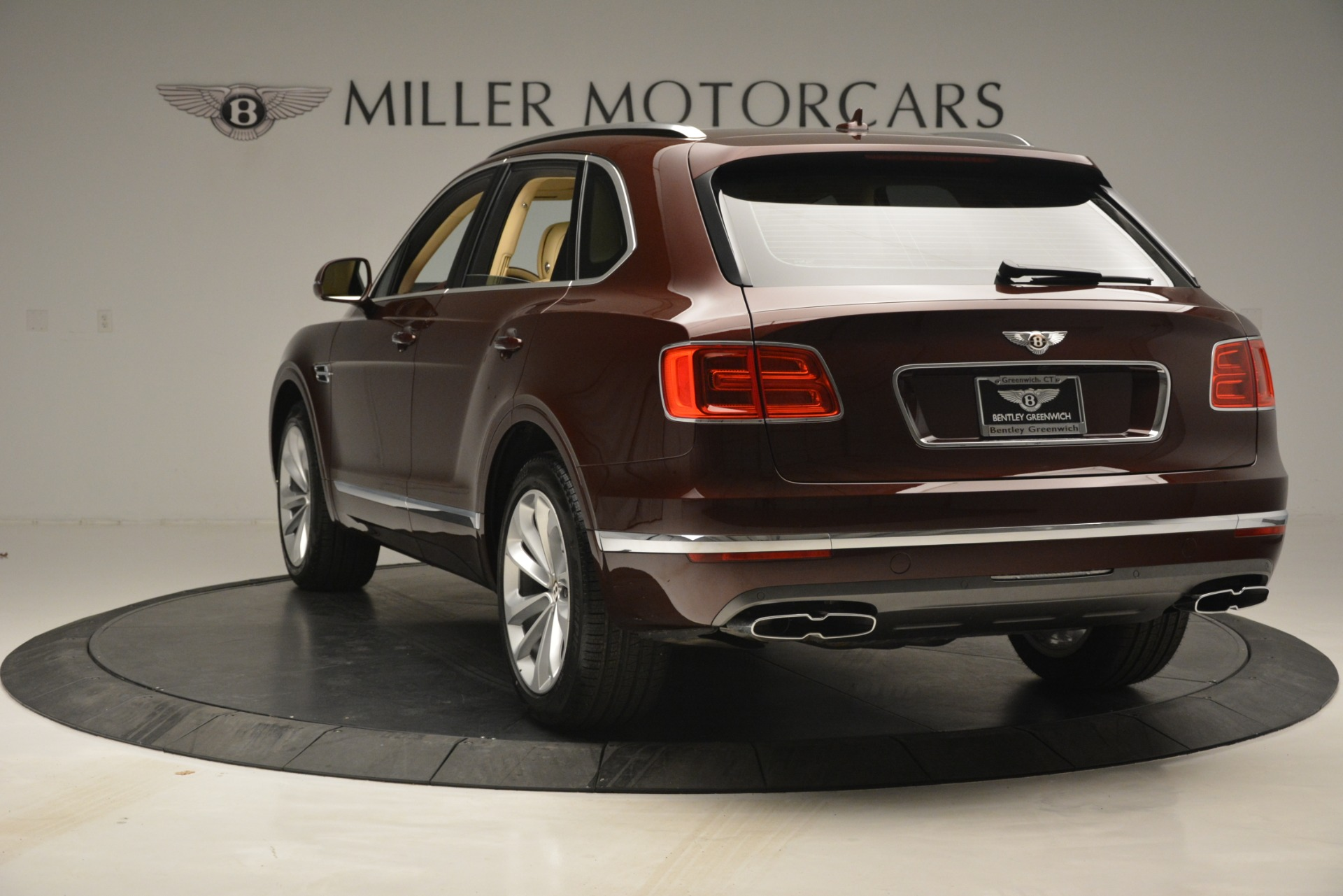 Used 2019 Bentley Bentayga V8 For Sale In Westport, CT 2702_p5
