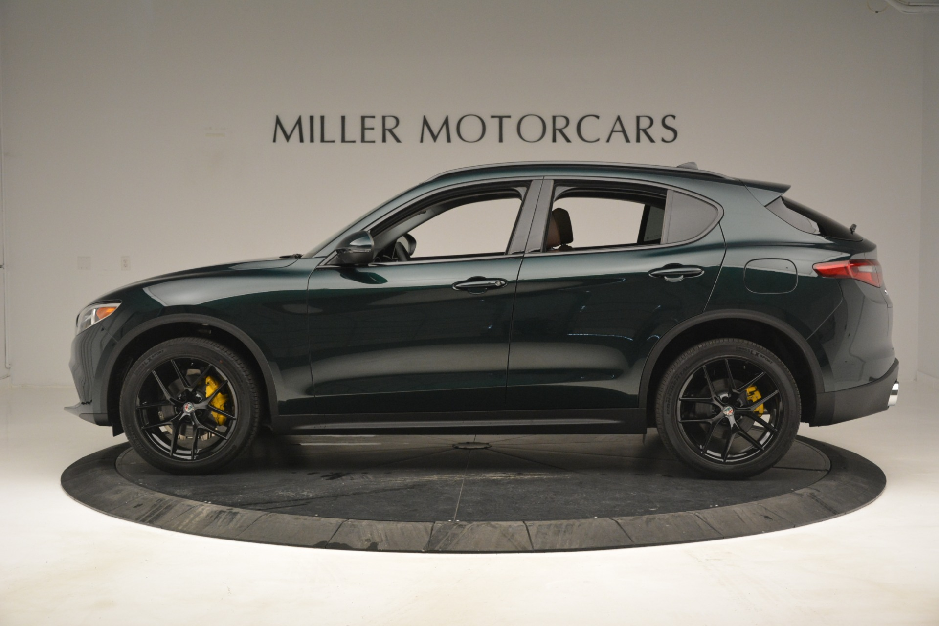 New 2019 Alfa Romeo Stelvio Sport Q4 For Sale In Westport, CT 2709_p3