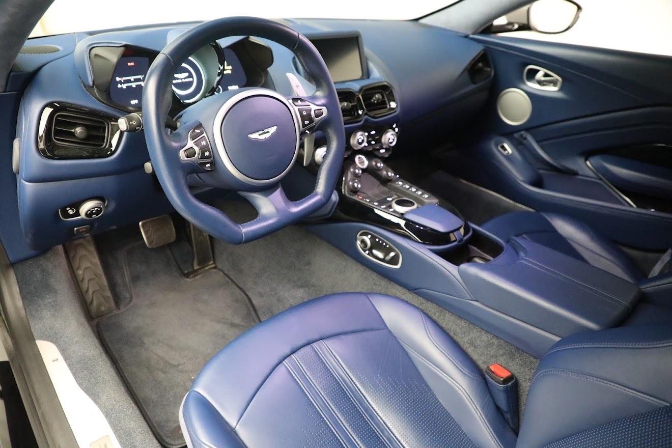 New 2019 Aston Martin Vantage  For Sale In Westport, CT 2710_p14