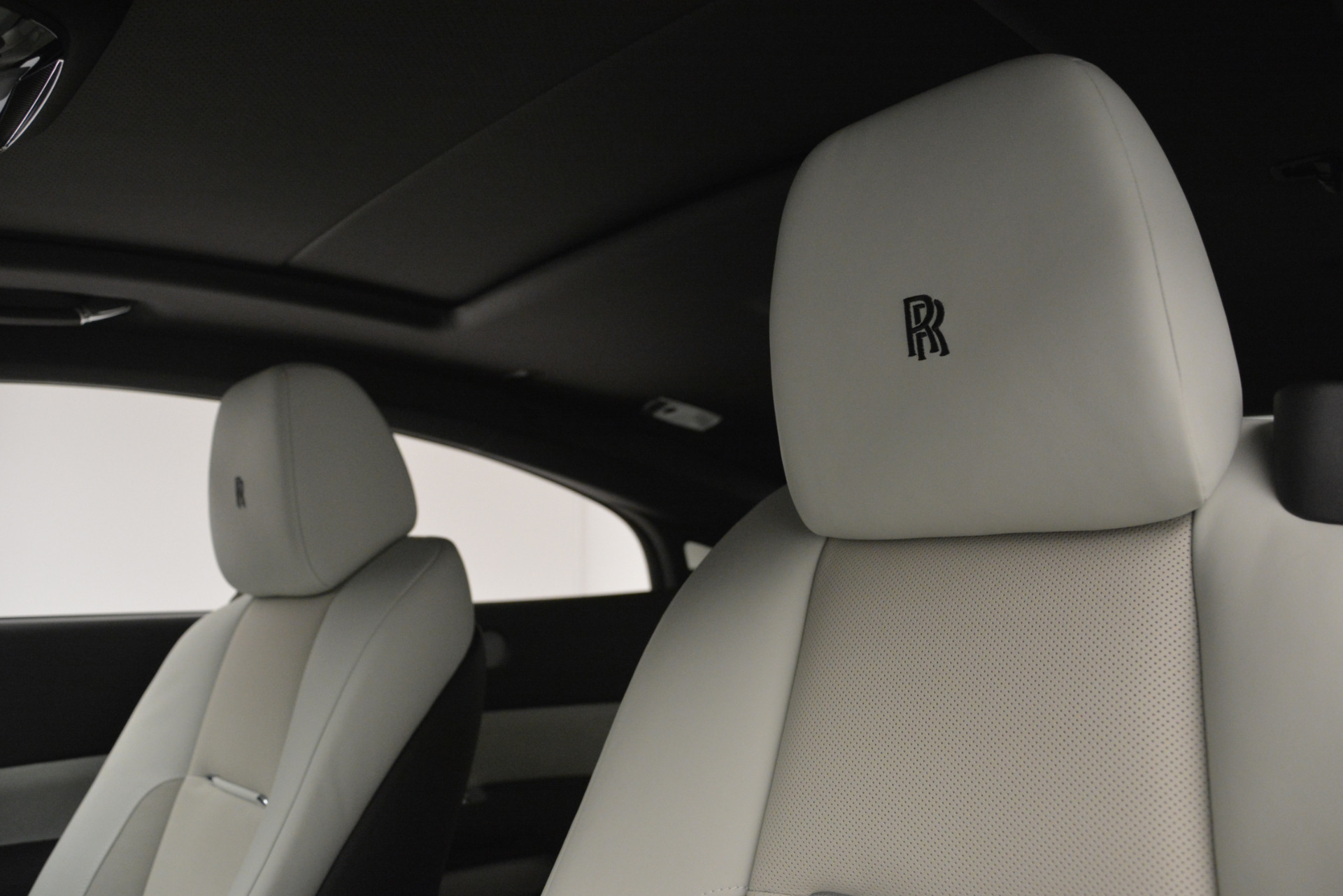 Used 2015 Rolls-Royce Wraith  For Sale In Westport, CT 2716_p11
