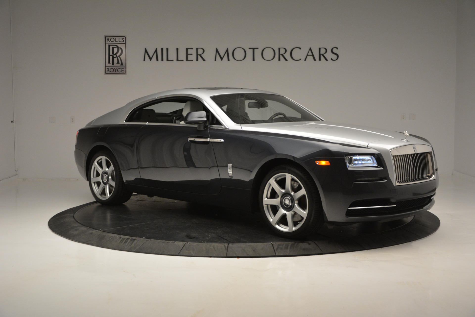 Used 2015 Rolls-Royce Wraith  For Sale In Westport, CT 2716_p7