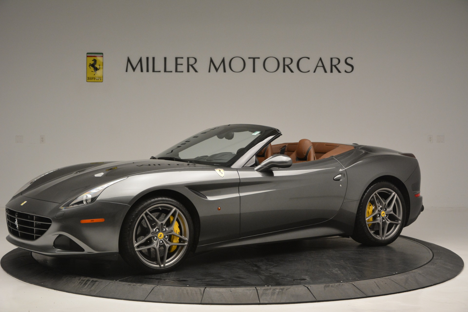 Used 2016 Ferrari California T Handling Speciale For Sale In Westport, CT 2721_p2
