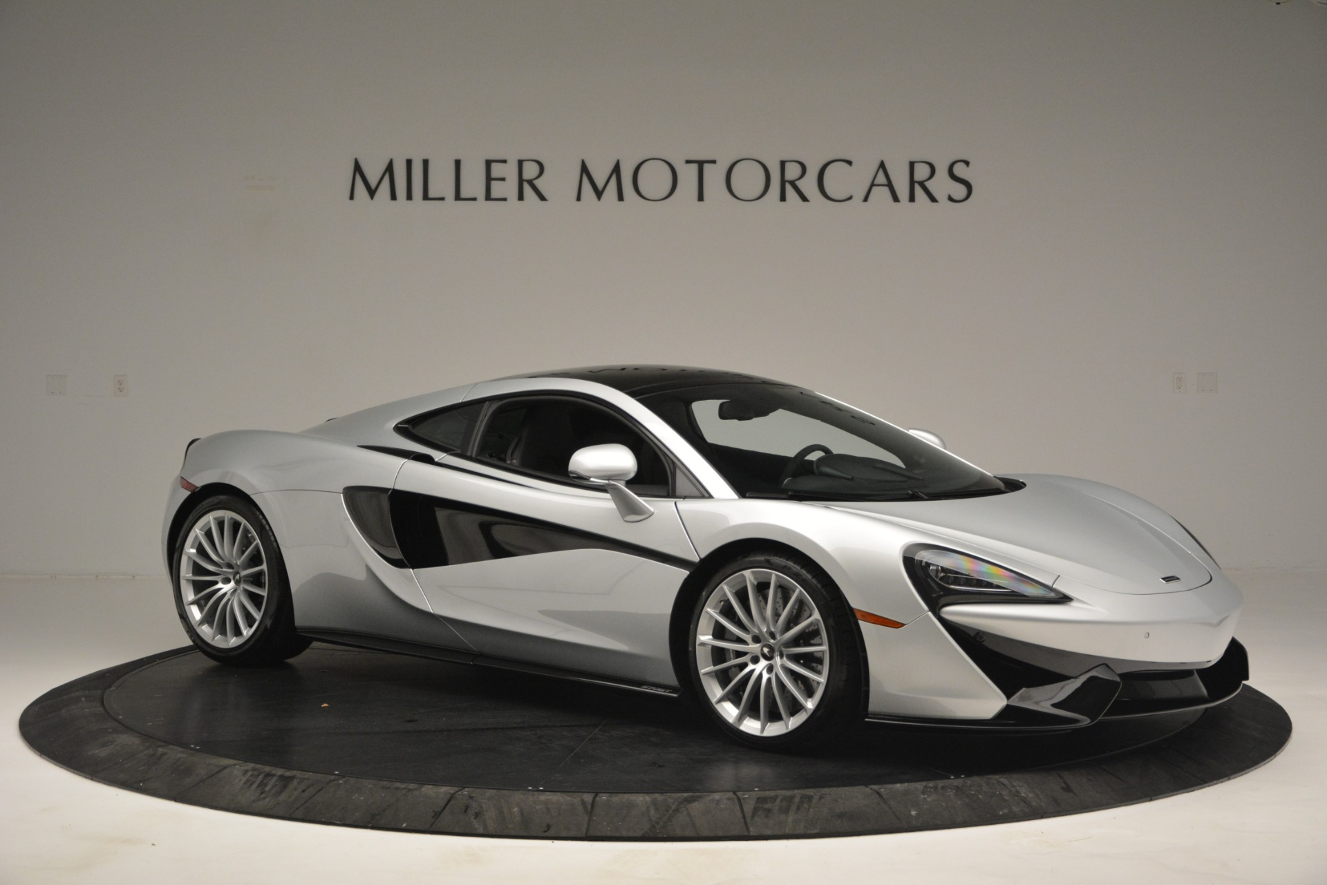 New 2019 McLaren 570GT  For Sale In Westport, CT 2725_p10