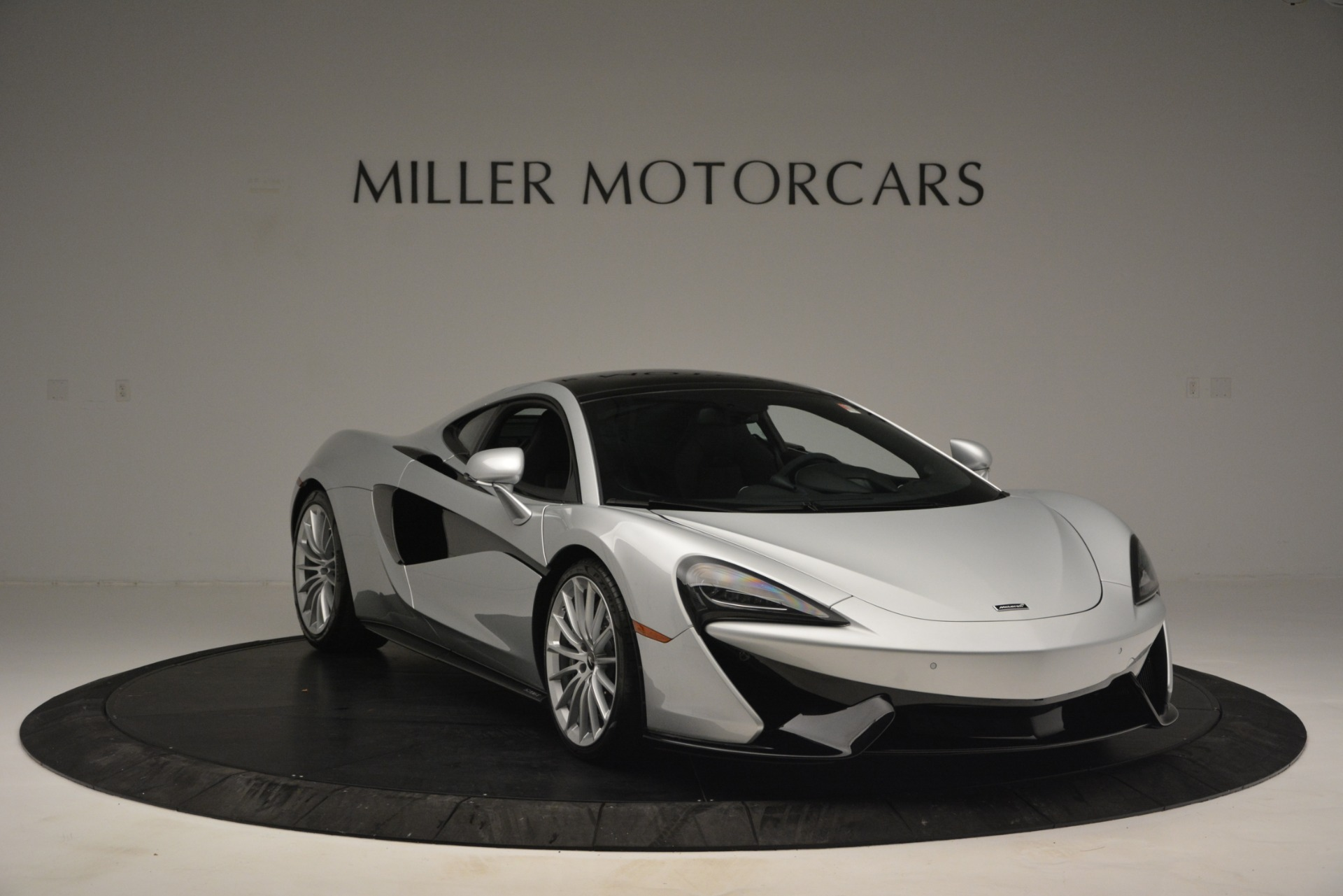 New 2019 McLaren 570GT  For Sale In Westport, CT 2725_p11
