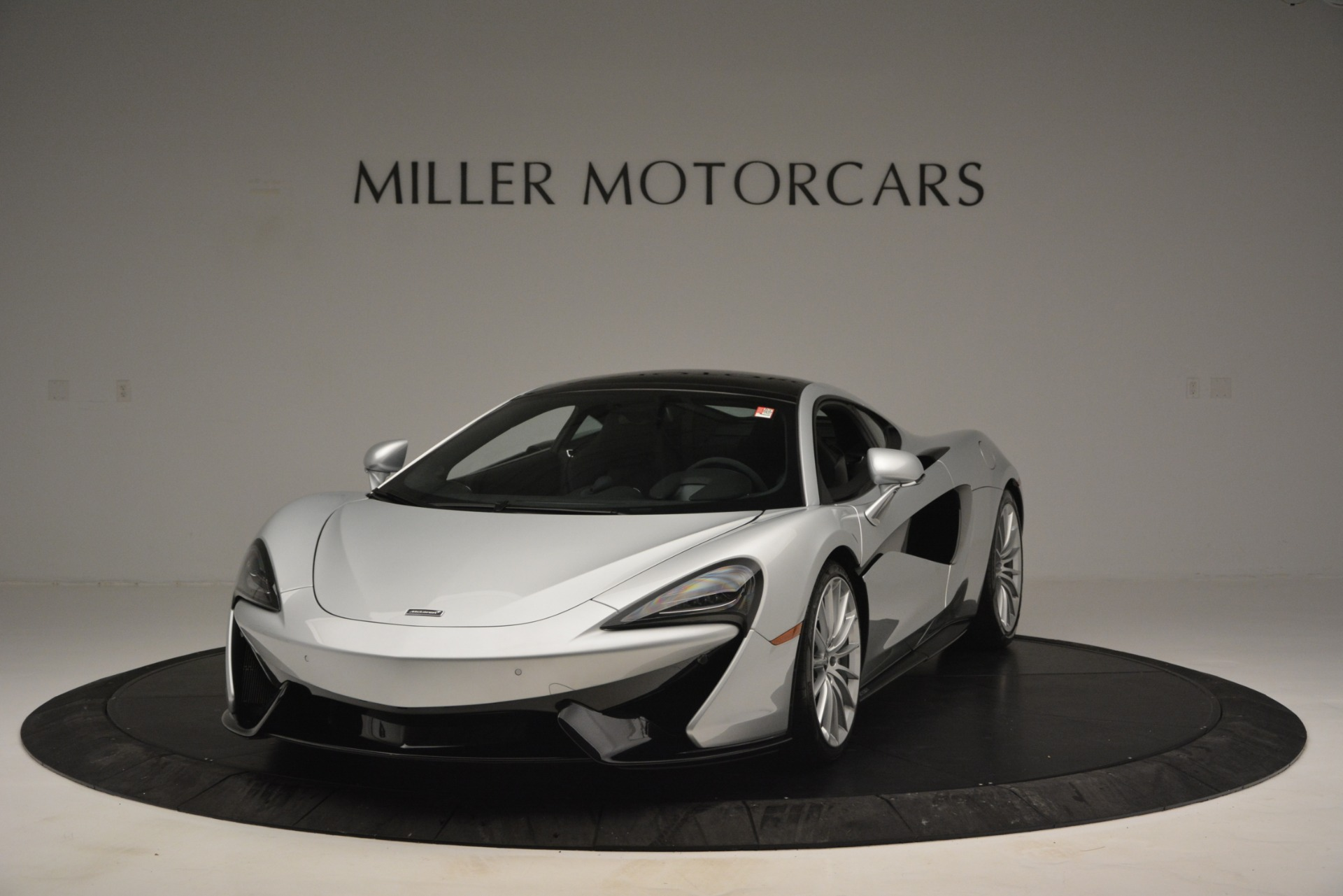 New 2019 McLaren 570GT  For Sale In Westport, CT 2725_p2