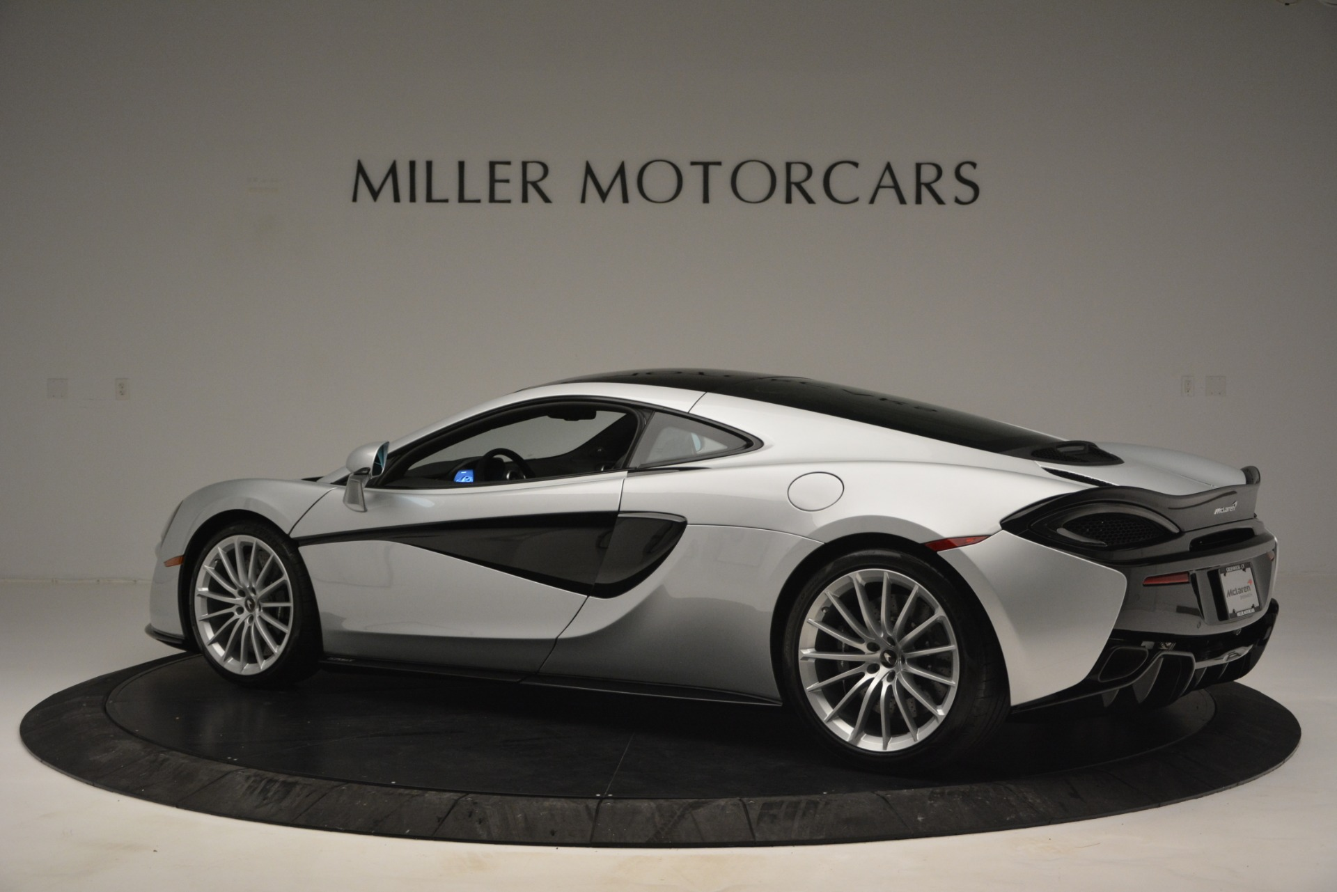 New 2019 McLaren 570GT  For Sale In Westport, CT 2725_p4