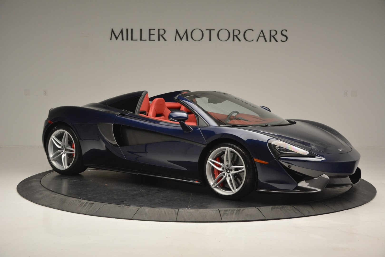 New 2019 McLaren 570S Spider Convertible For Sale In Westport, CT 2727_p10