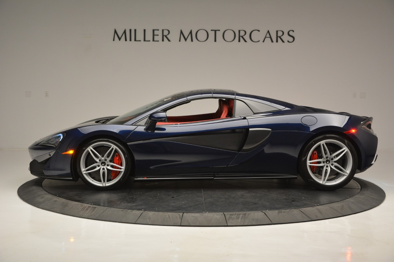 New 2019 McLaren 570S Spider Convertible For Sale In Westport, CT 2727_p16