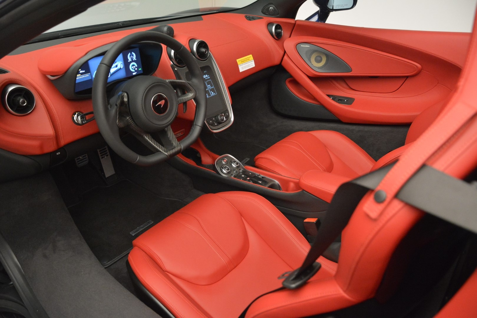 New 2019 McLaren 570S Spider Convertible For Sale In Westport, CT 2727_p23