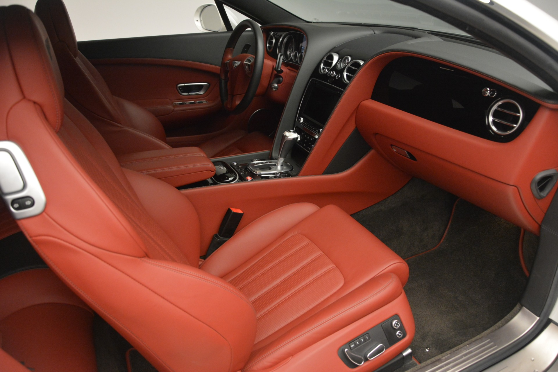 Used 2015 Bentley Continental GT V8 For Sale In Westport, CT 2731_p24