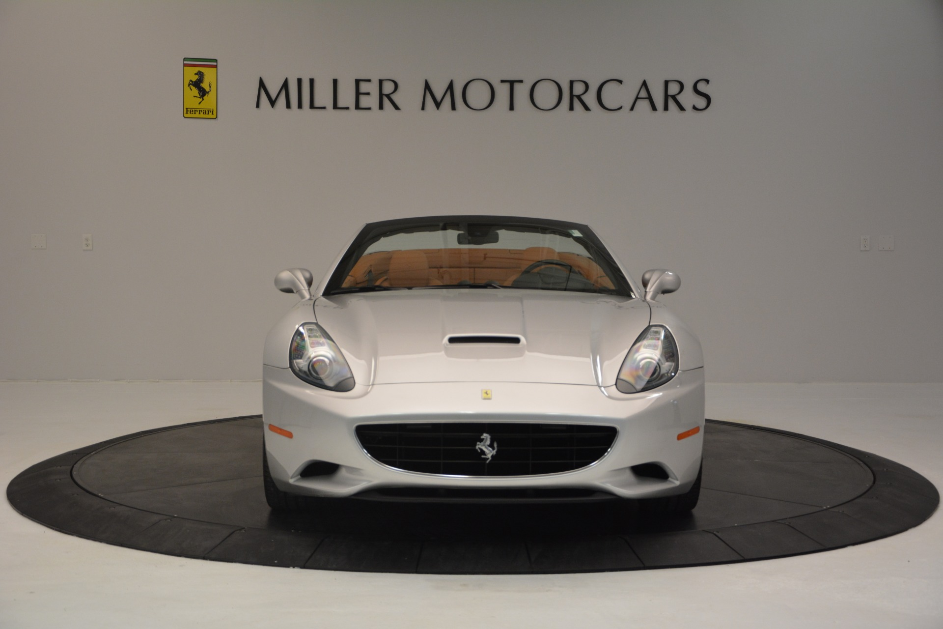 Used 2010 Ferrari California  For Sale In Westport, CT 2732_p12