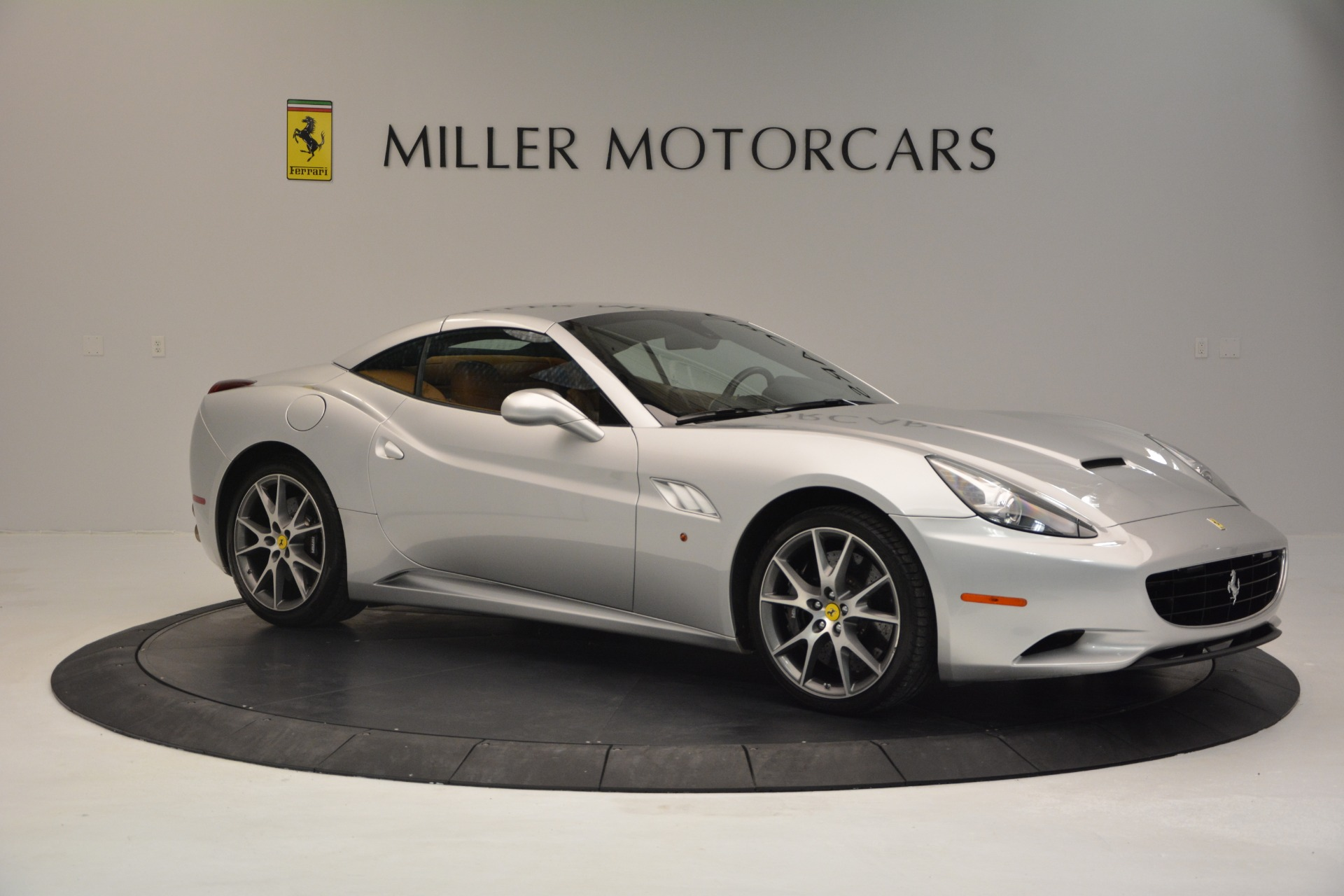 Used 2010 Ferrari California  For Sale In Westport, CT 2732_p22